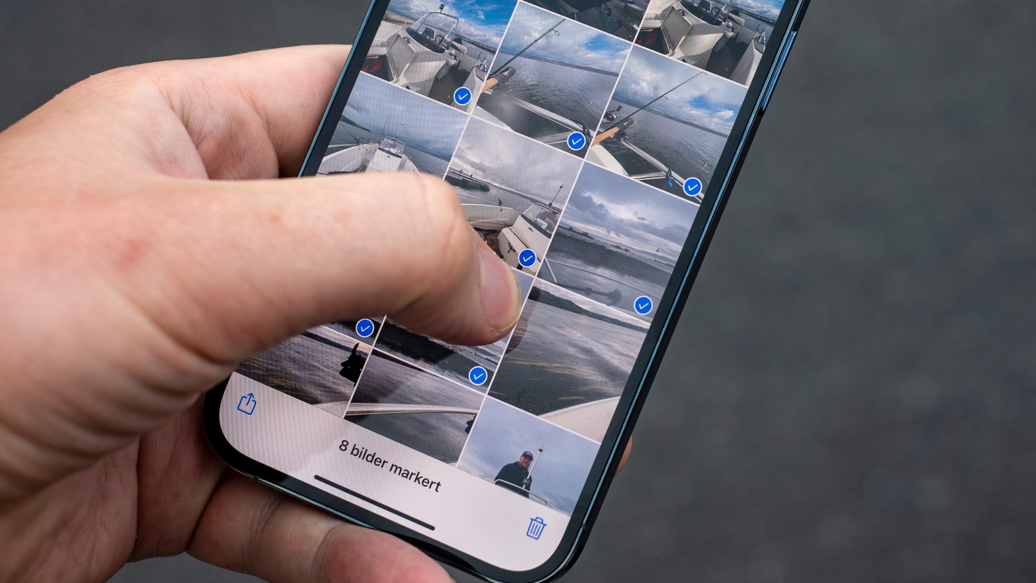 Velg bilder ved å trykke, holde og så sveipe nedover bildegalleriet ditt.