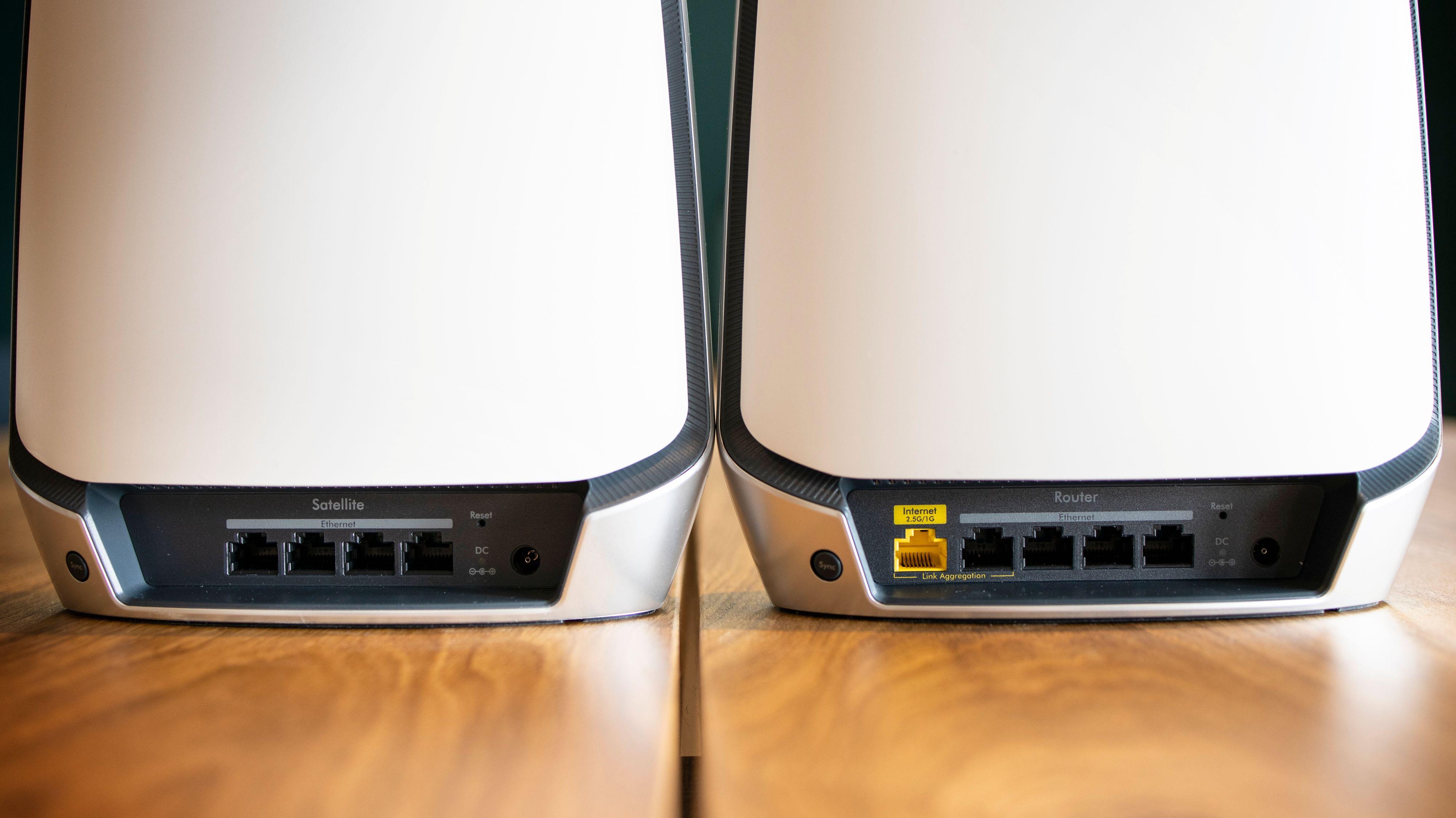 Netgears to enheter er ikke identiske.