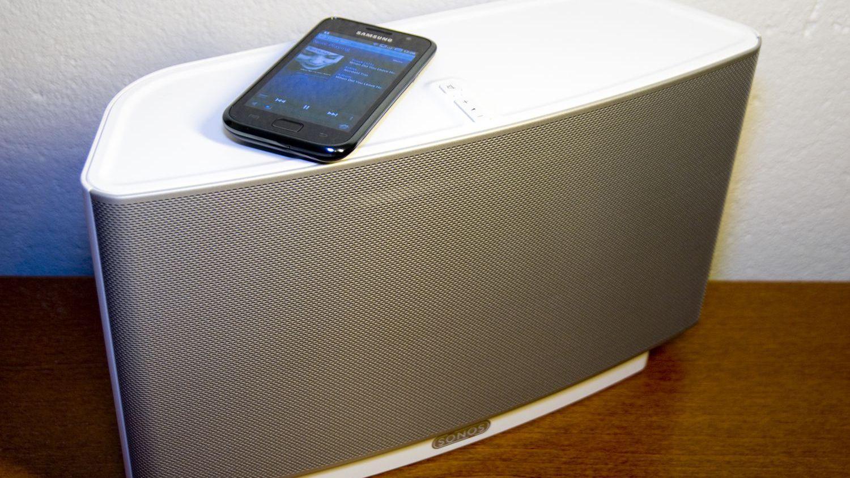 Sonos' opprinnelige Play:5-modell vil ikke lenger kunne inngå i et system med moderne Sonos-produkter om du vil at de nye produktene skal kunne få programvareoppdateringer.