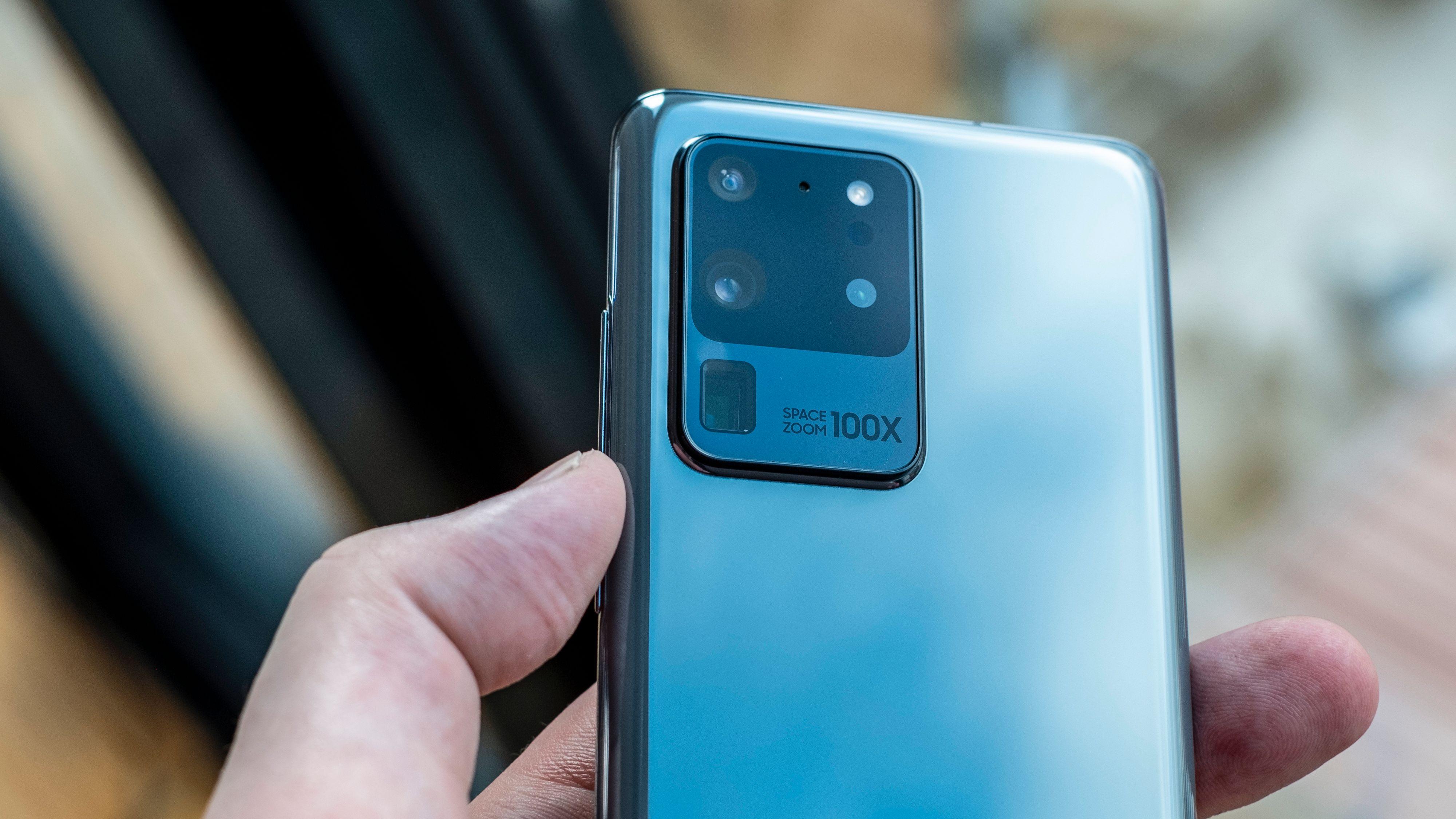 Skal du ha den nye Samsung Galaxy S20 Ultra, må du åpne lommeboka på vidt gap.