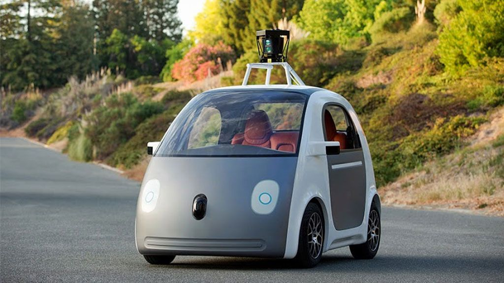 Fremtidens biler vil kanskje ikke ha ratt, og da er det greit at ting fungerer som det skal. Her er Googles selvkjørende prototype.Foto: Google