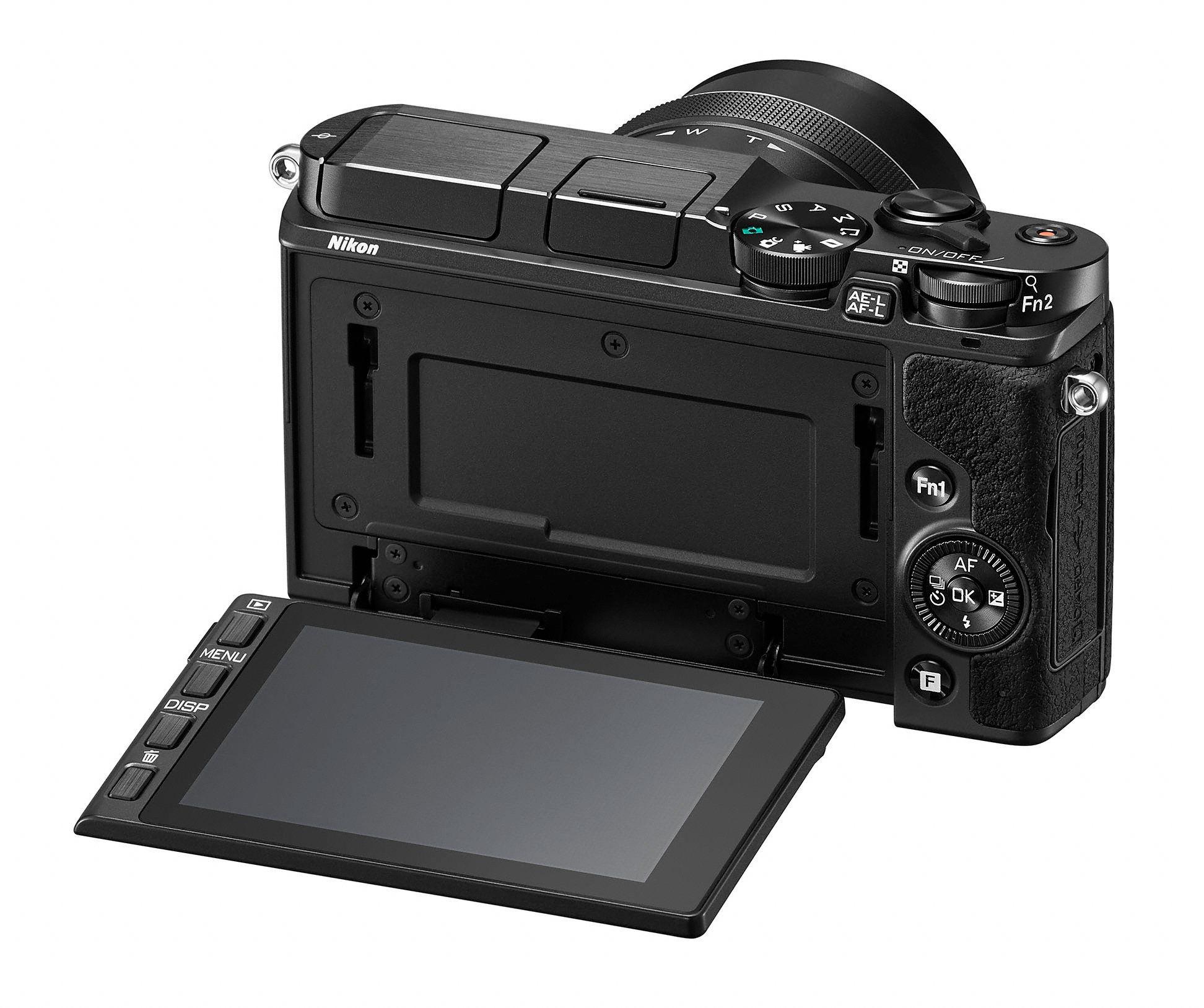1 V3 har fått vippbar skjerm.Foto: Nikon