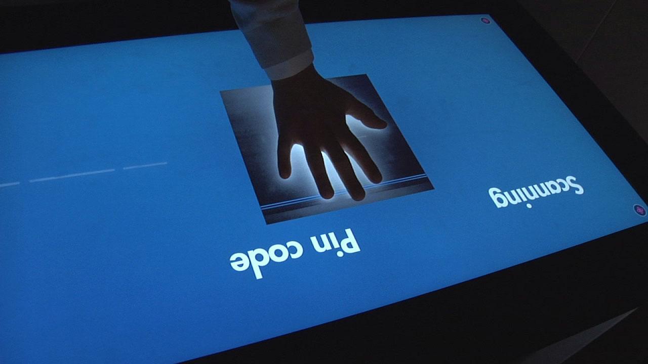 PixelSense er fortsatt ikke nøyaktig nok til å gjenkjenne fingeravtrykk, men det er ikke langt unna.