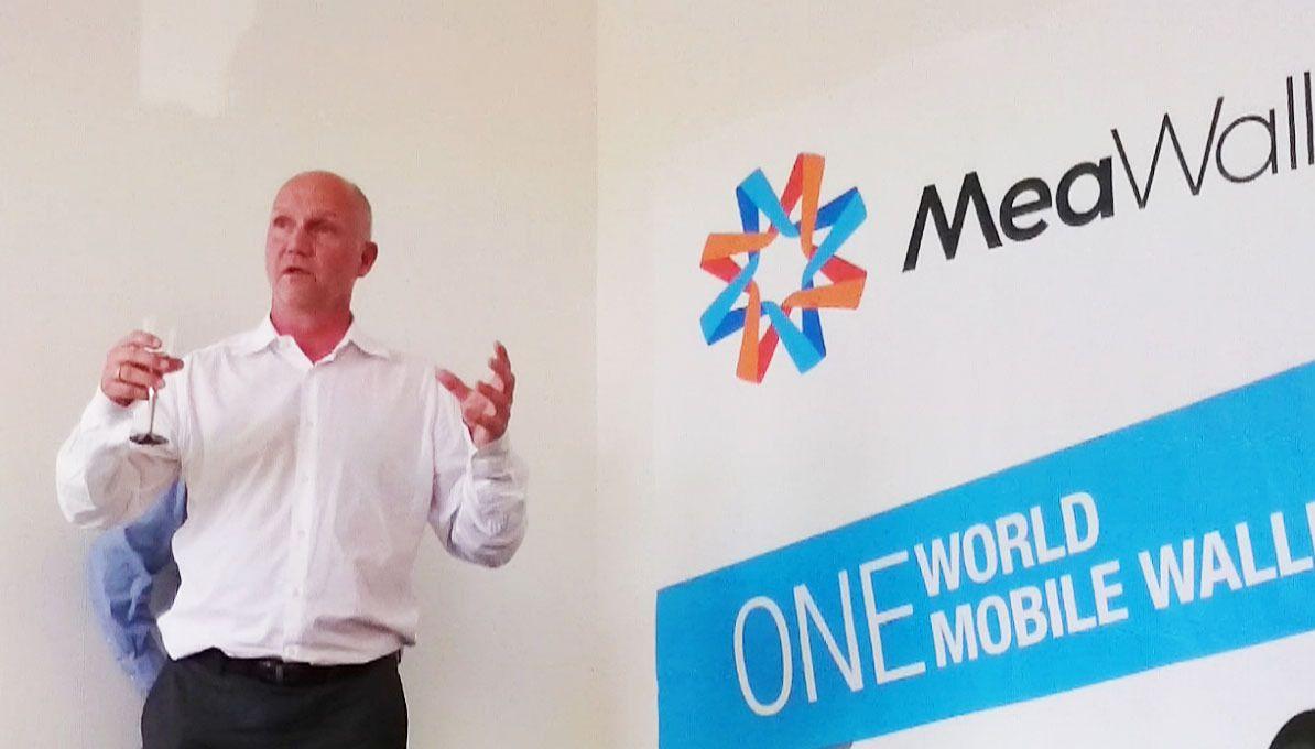 Lars Sandtorv er administrerende direktør i MeaWallet. Han hevder fem millioner nordmenn er et for lite kundegrunnlag for at MeaWallet skal lønne seg. Han satser derfor på å gjøre hele verden til sitt marked, med en sikker lommebok utviklet med et rammeverk fra IBM.