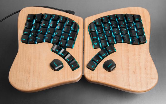 Det nye, ergonomiske tastaturet Model 01. Foto: Kickstarter