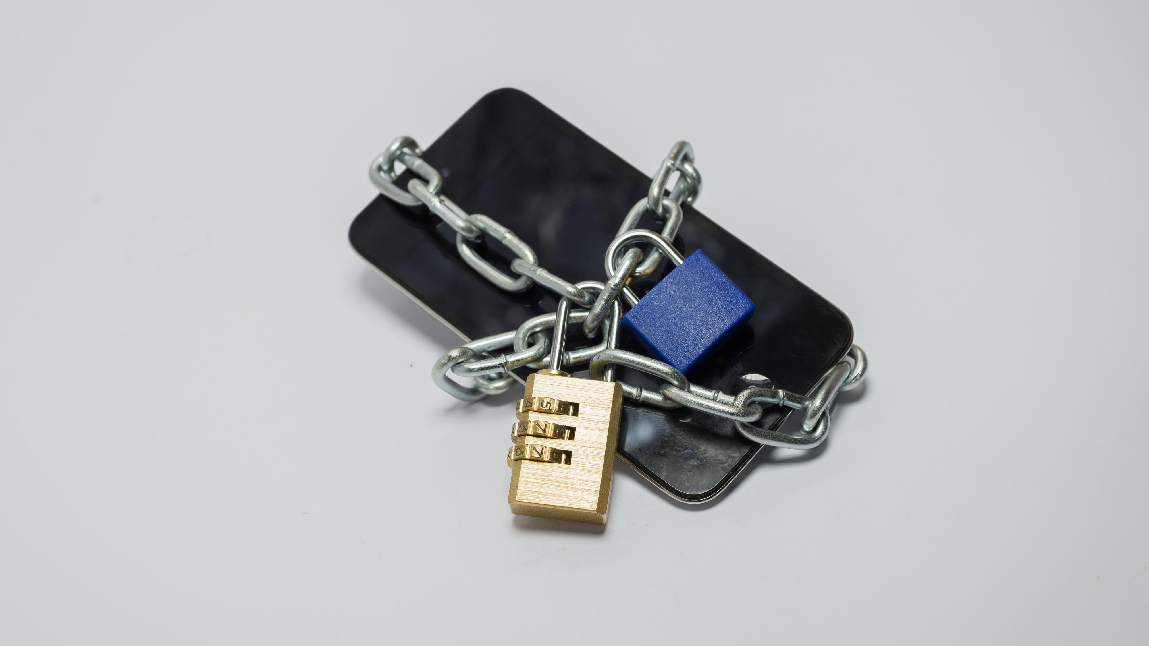 Nytt virus låser Android-telefoner og krever løsepenger