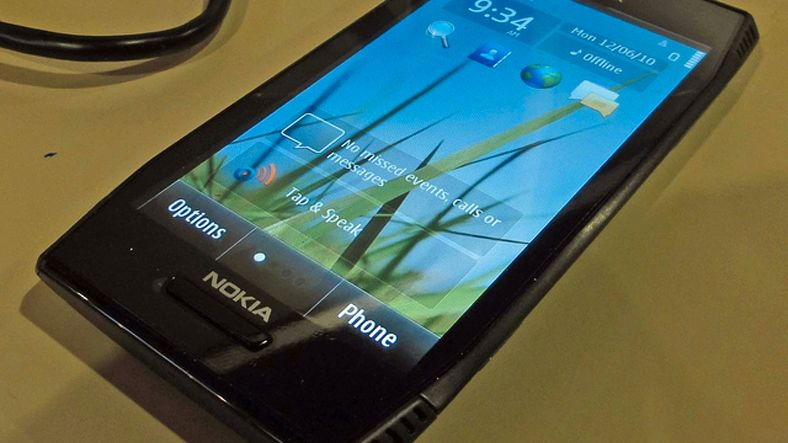 Nye bilder av Nokia X7-00