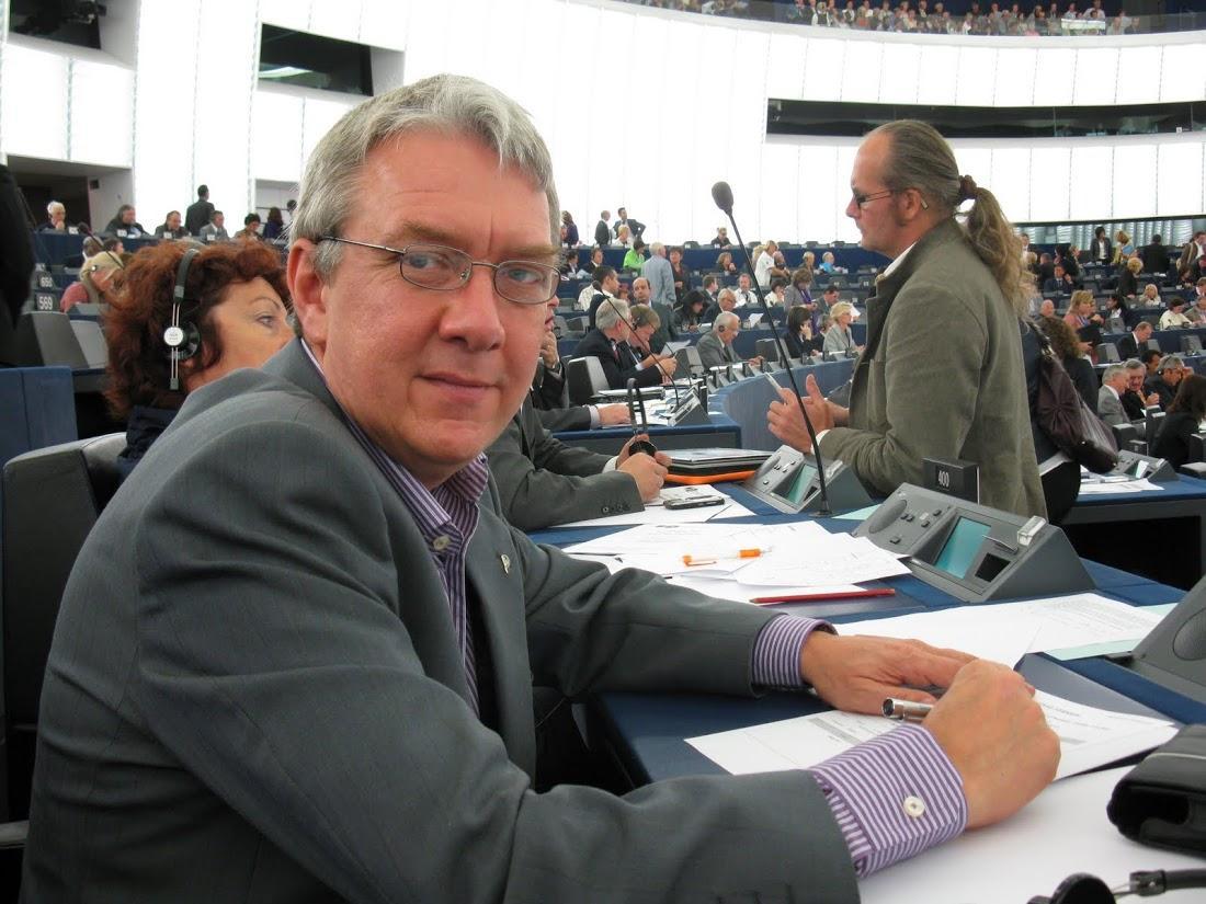 Christian Engström i Europaparlamentet er ikke begeistret for rapporten.