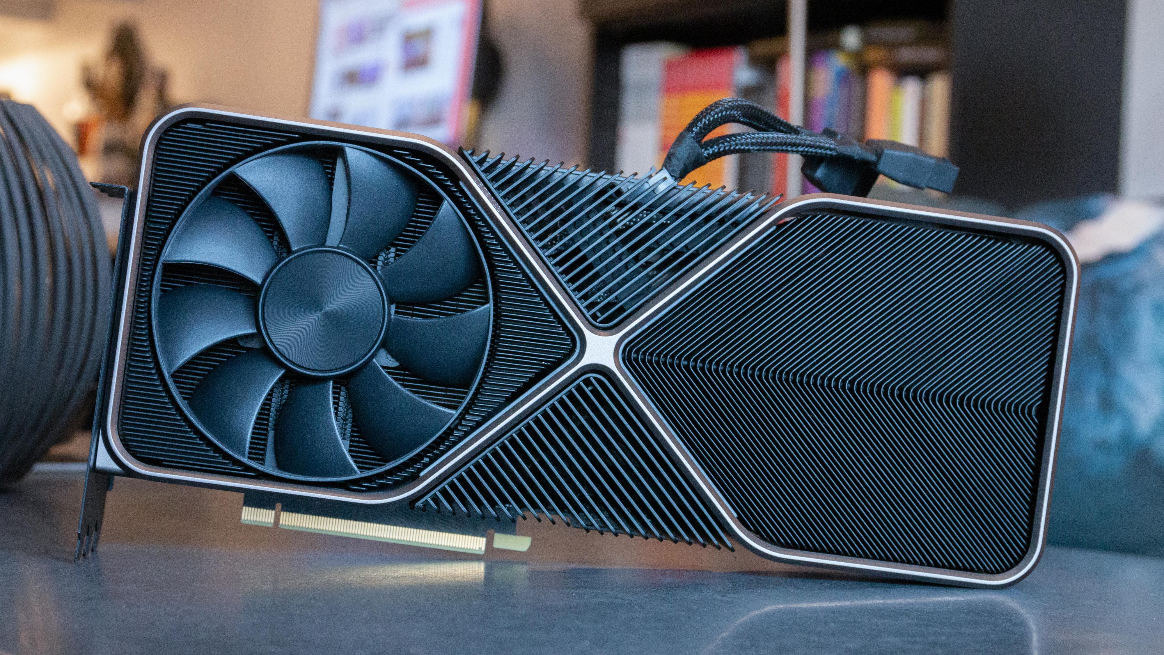 Bildet viser et GeForce RTX 3090 FE, men vi regner med at RTX 3080 Ti vil ligne.