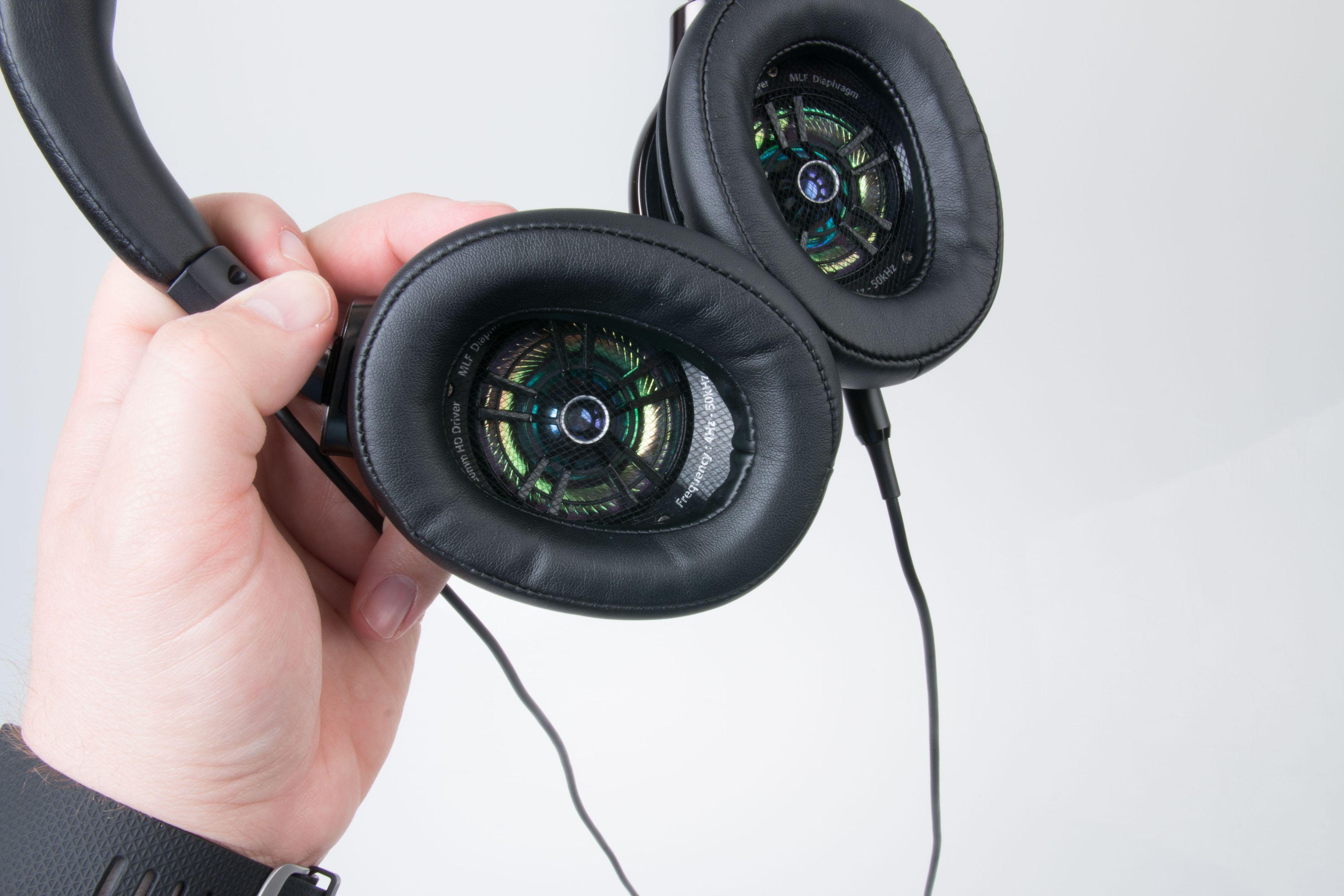 Klokkene skal klare å gjengi lyd mellom 4 Hz og 50 kHz. Foto: Ole Henrik Johansen / Tek.no