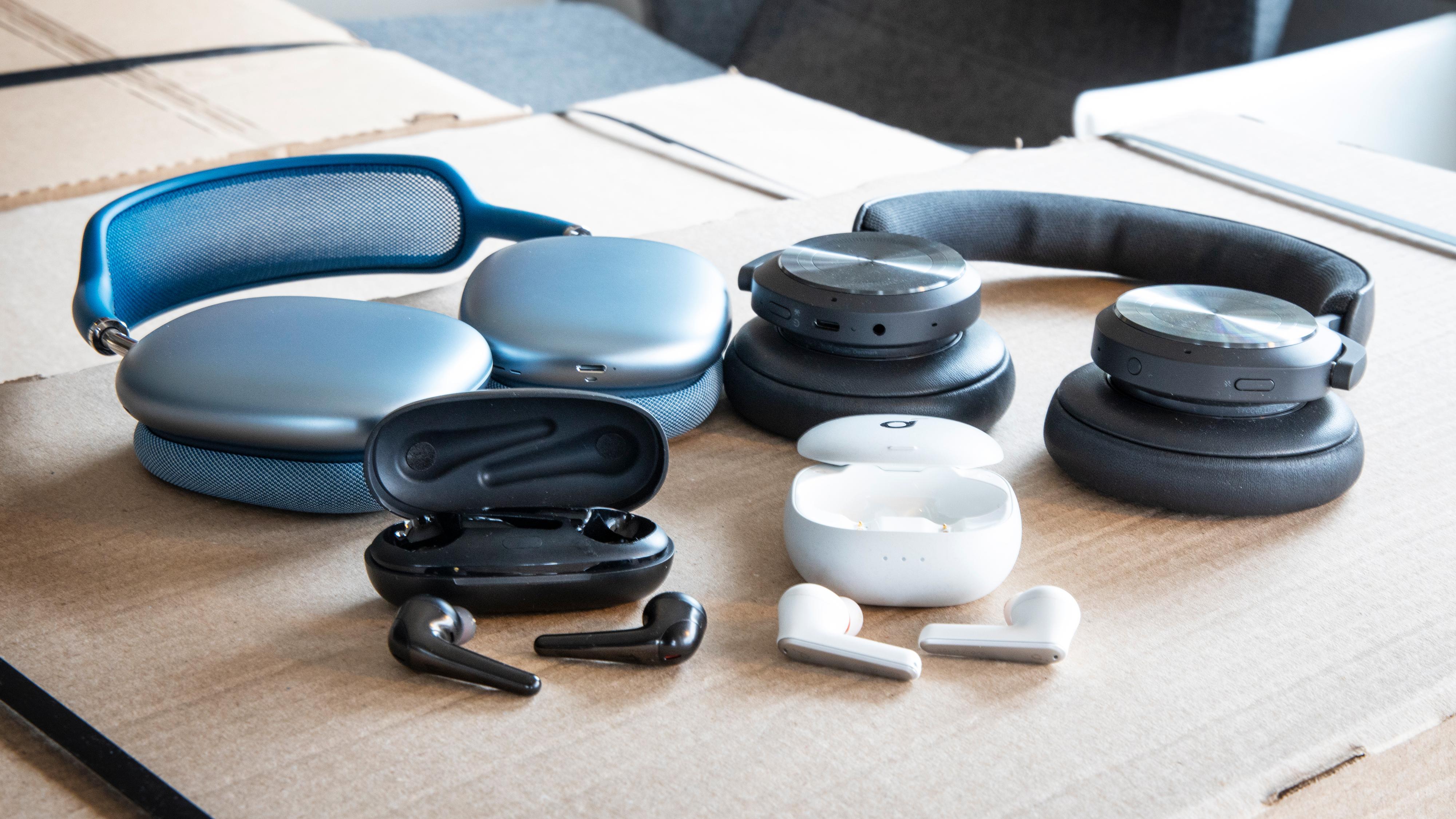 Hodetelefoner kan være utfordrende å velge blant, siden det finnes så utrolig mange. Vi prøver å snevre ned utvalget litt for deg.