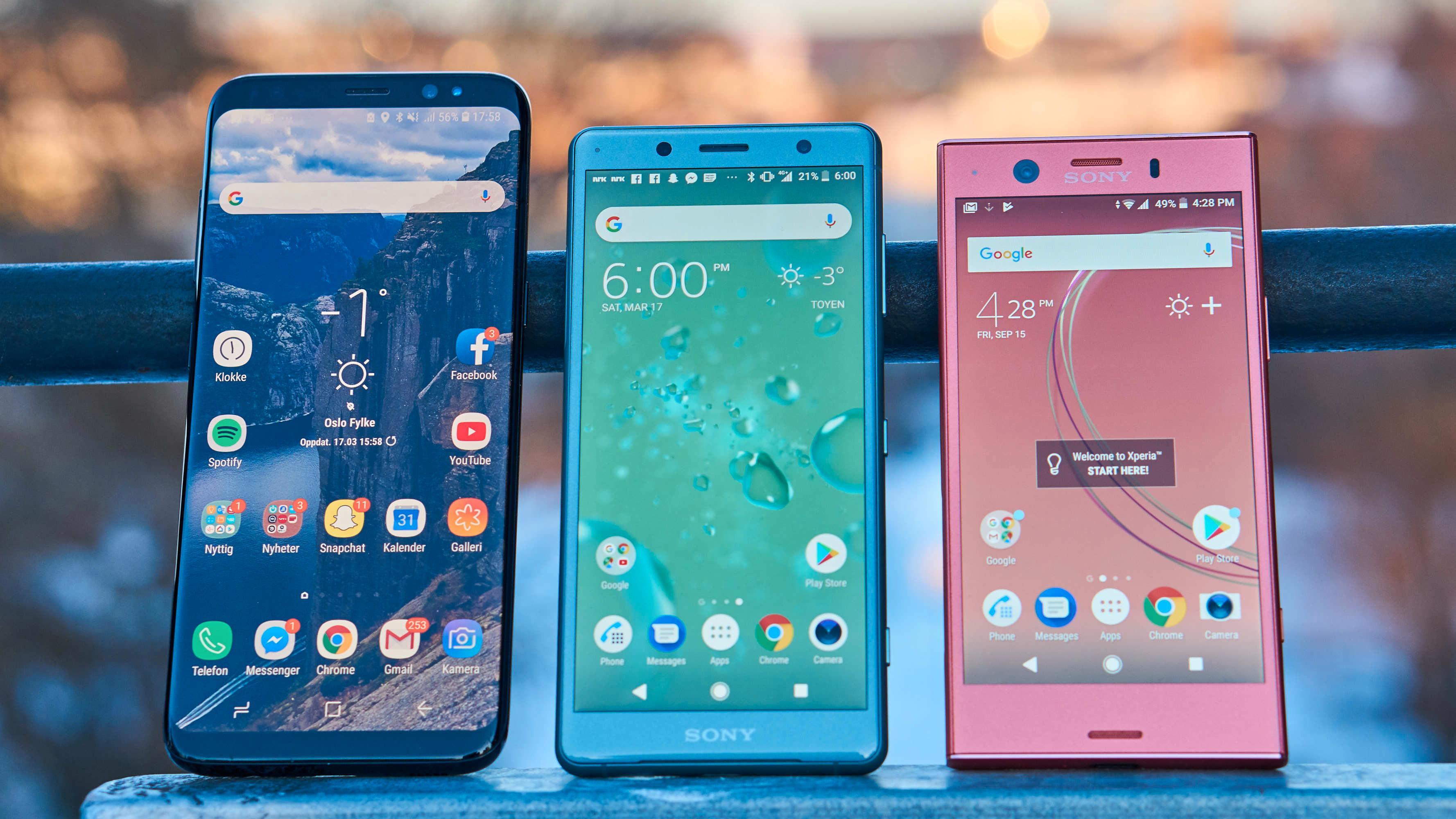 XZ2 Compact har ikke like heldekkende skjerm som Galaxy S8, men det er heller ikke langt unna – og uansett langt bedre enn XZ1 Compact.