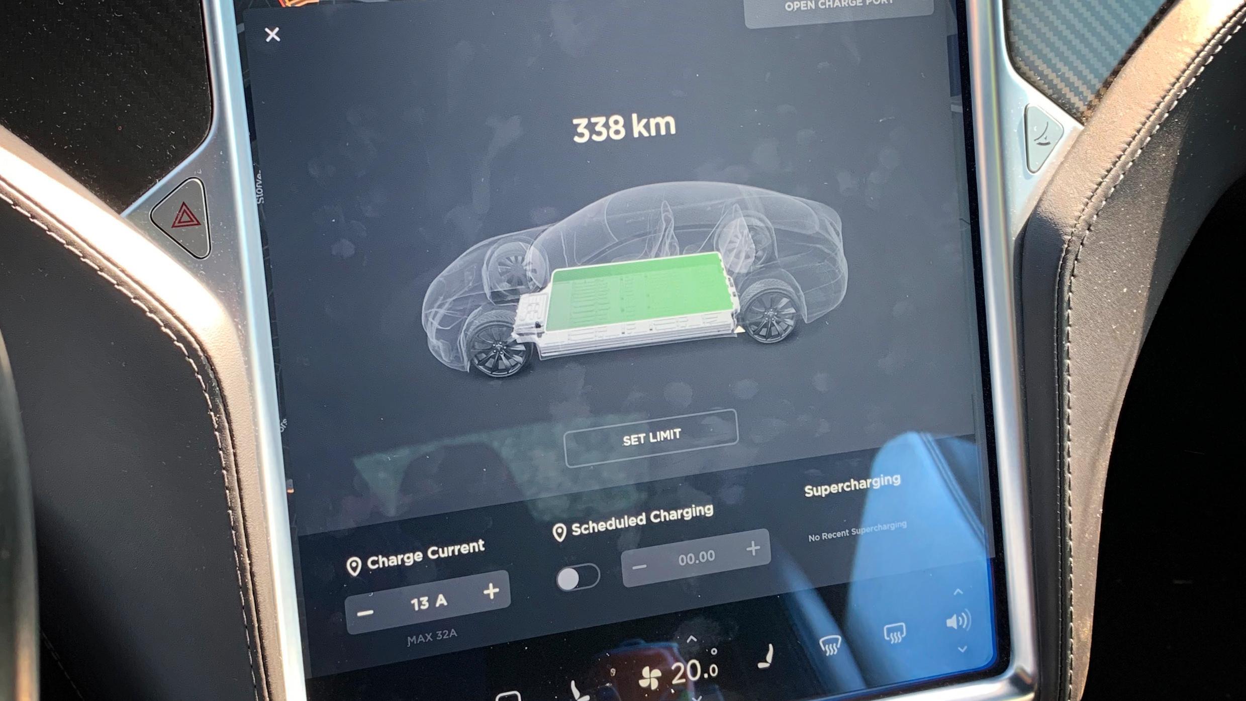 Cato Standal sier rekkevidden han fikk fra sin Tesla Model S var betydelig lavere etter at han fikk bilen tilbake med byttet batteri og oppgradert programvare.