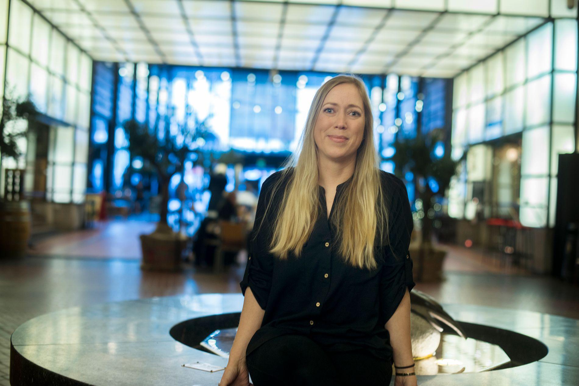 Karen Bøhle Aarhus er meget godt fornøyd med den graden hun tok på BI - i høst fikk hun en ny jobb, godt hjulpet av etterutdannelsen ved høyskolen.