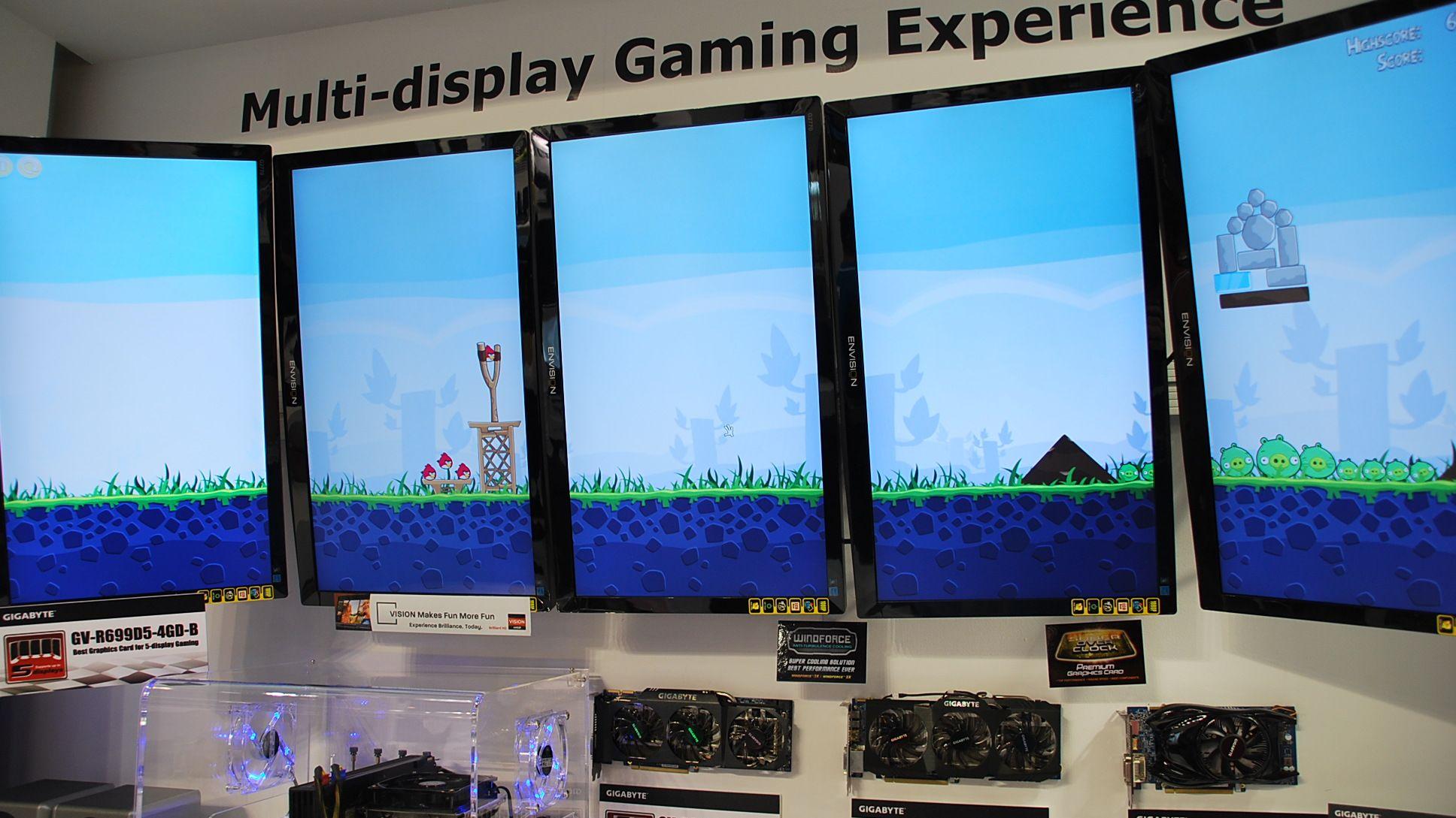 Spill Angry Birds på fem skjermer