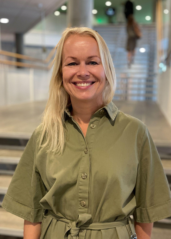 Lisbeth M. Hofstad, salgs- og markedssjef i Grieghallen, er veldig glad for at Grieghallen nå er sertifisert innen Grønne Konferanser og Scenekunst.