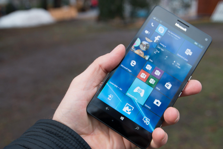 Microsofts Lumia 950XL har Snapdragon 810 på innsiden, men skal også ha en uvanlig kjøleløsning til å holde temperaturen nede. Brikken har ikke vært like dominerende på markedet som tidligere Qualcomm-toppmodeller.