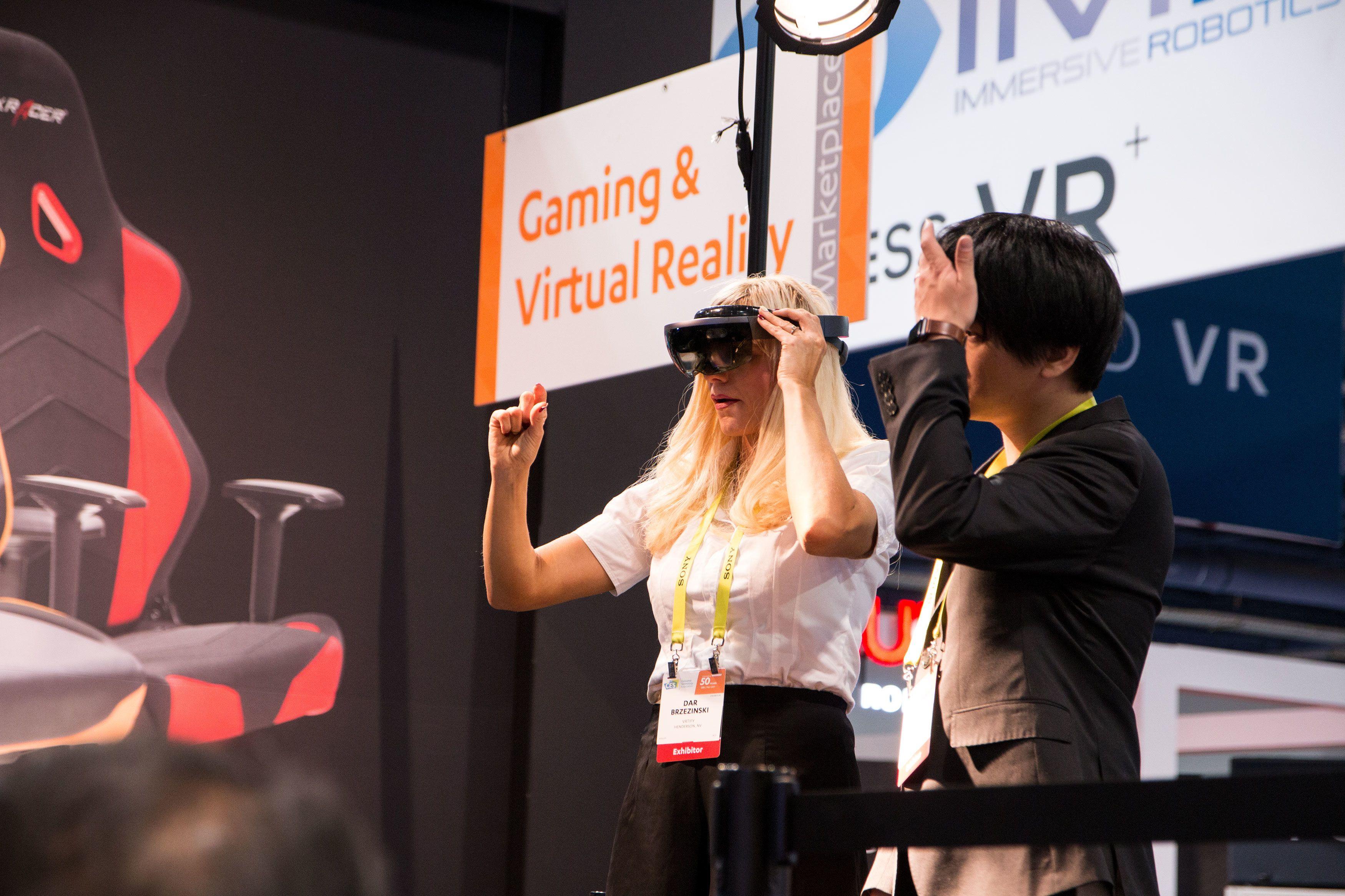 Virtuell- og utvidet virkelighet vil bare bli større og større i tiden fremover.
