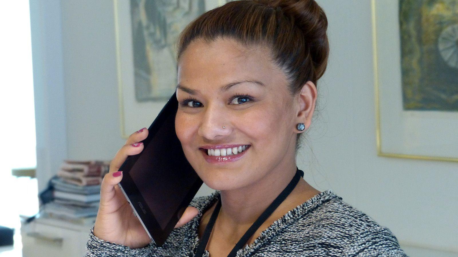 Asus FonePad er for stort til at det er særlig praktisk å ringe med.Foto: Kurt Lekanger, Amobil.no