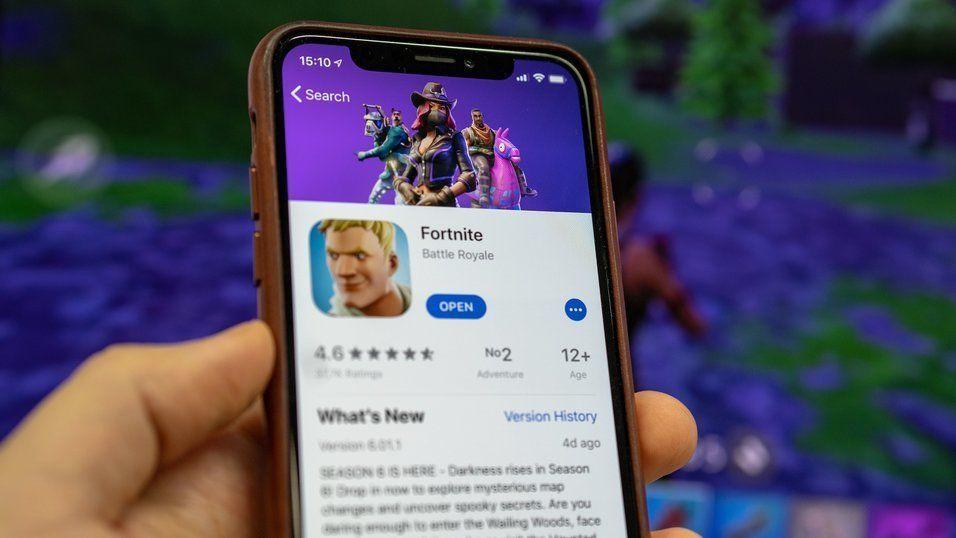 Nå har Fortnite på iPhone sluttet å oppdatere seg