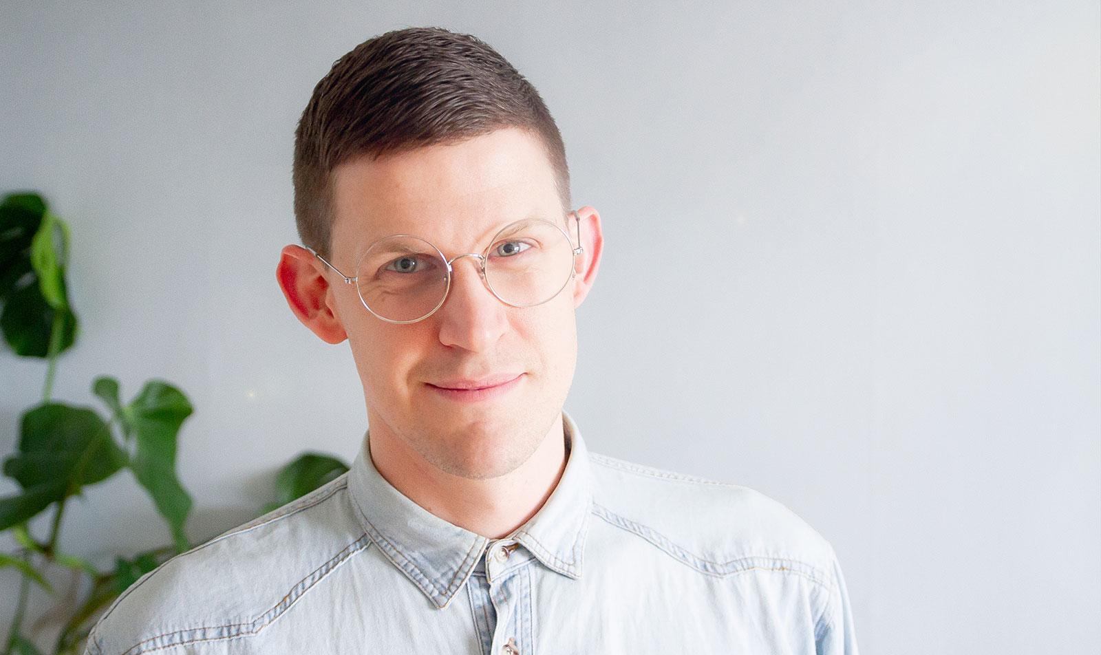 """Kalle Norwald är sexolog och terapeut. Han är även en av experterna i SVT:s succéserie """"Gift vid första ögonkastet"""""""