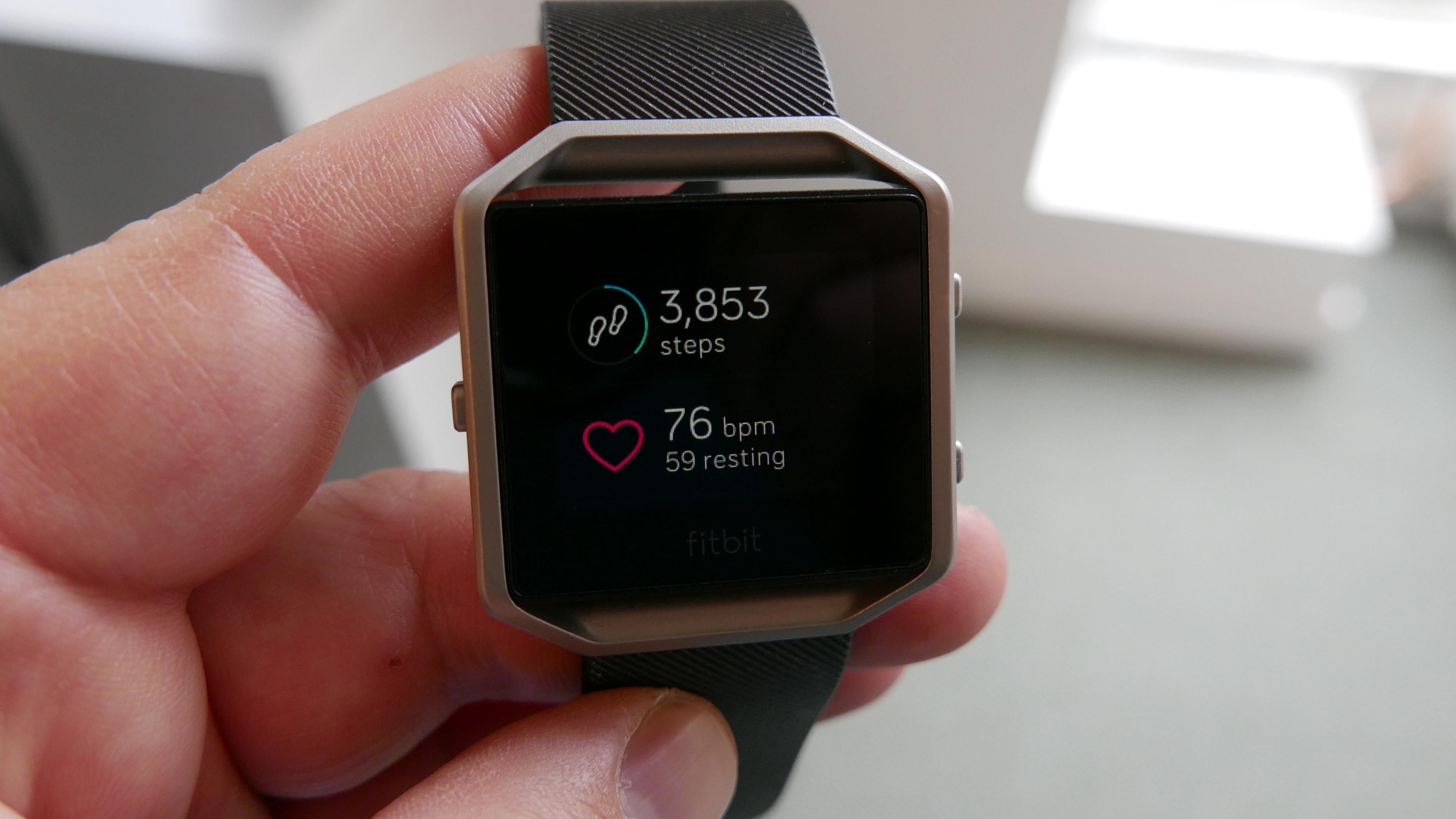 Skritt-telleren har blitt bedre siden sist vi testet klokkr fra Fitbit.