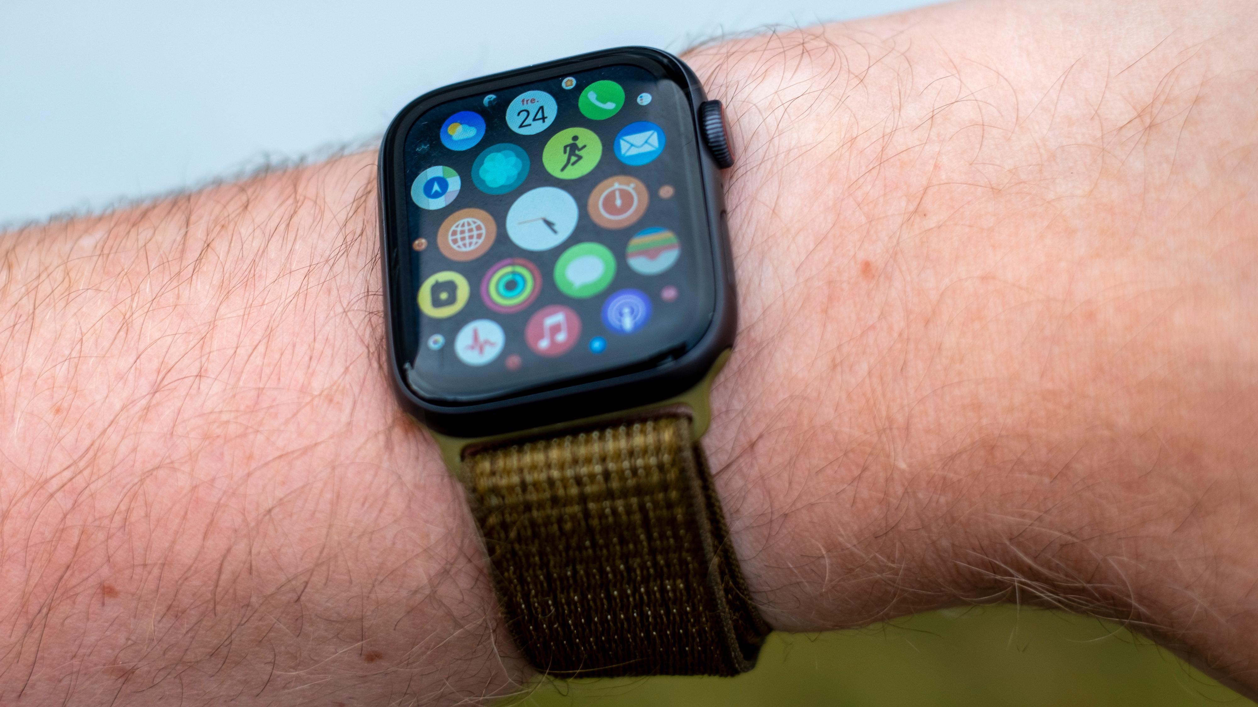 Apple Watch har mange spennende helsefunksjoner, og du kan laste ned apper på direkten. Men hvor mange bruker alt dette på smartklokka si?