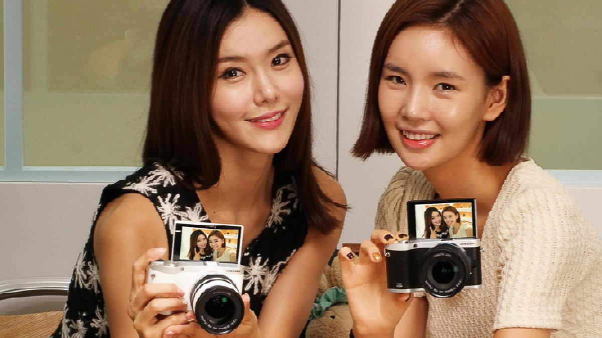 Dette kameraet fra Samsung kjører Tizen-operativsystemet.Foto: Samsung
