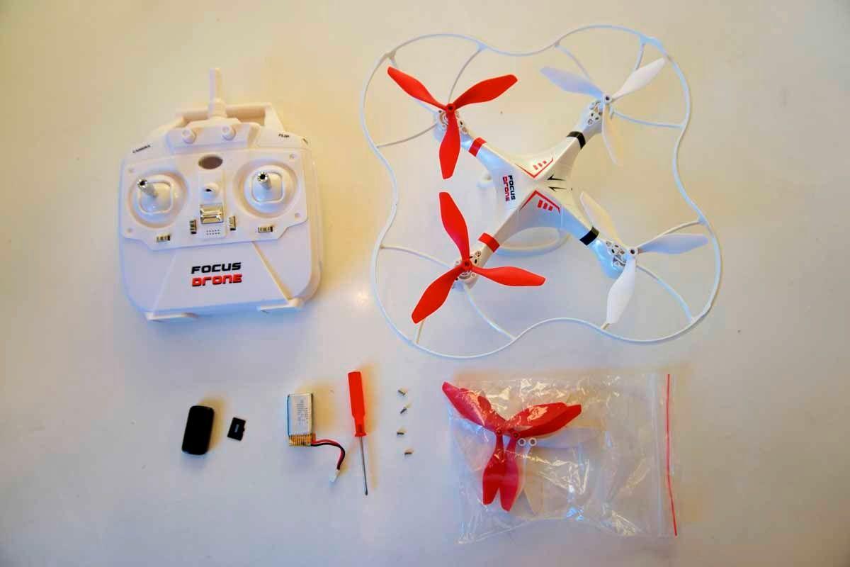 Dette er innholdet i pakken til Focus Droneq