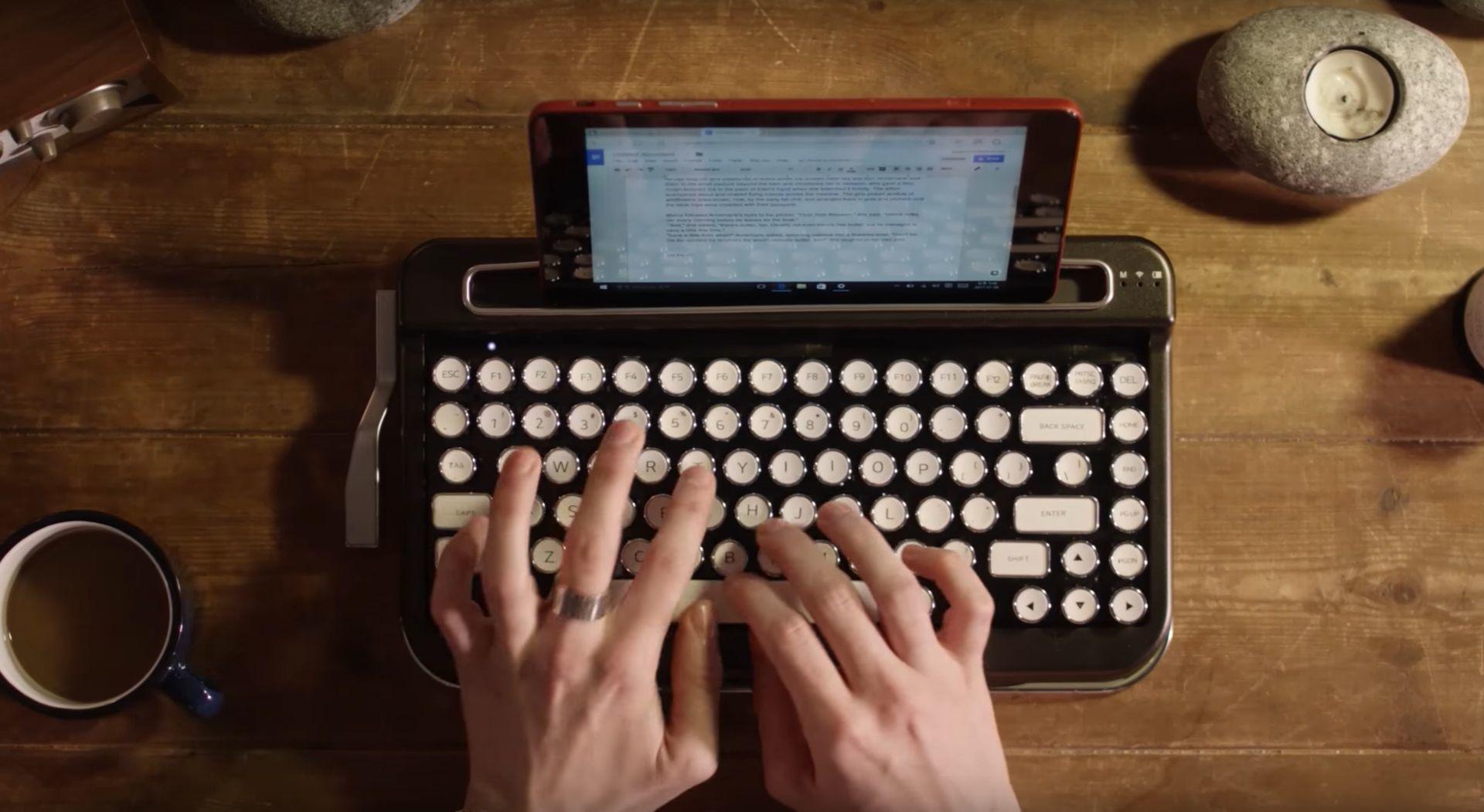 Hva med et tastatur som ser ut som en gammeldags skrivemaskin?