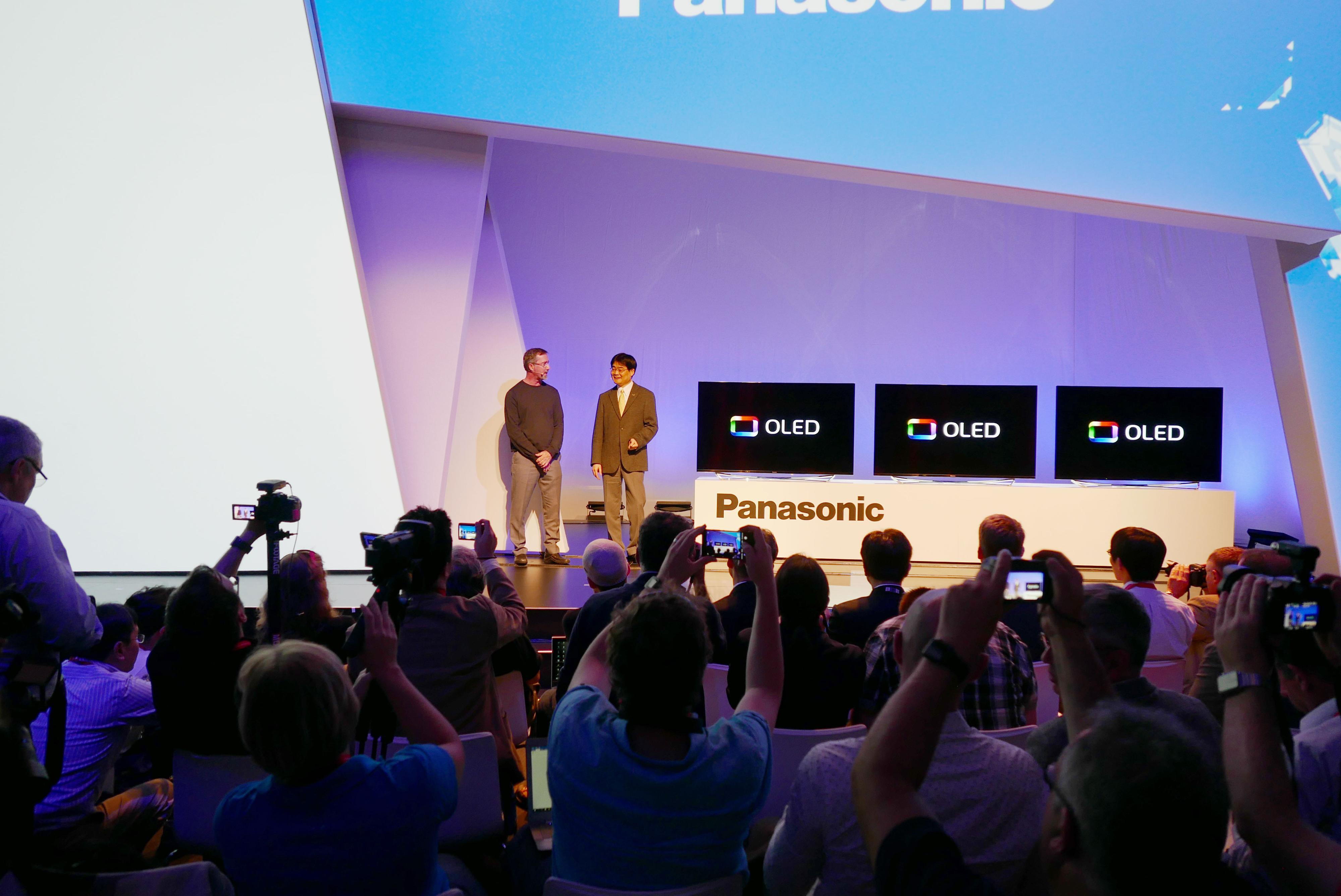 Panasonic slapp omsider sin første OLED-modell under årets IFA-messe. Foto: Ole Henrik Johansen / Tek.no