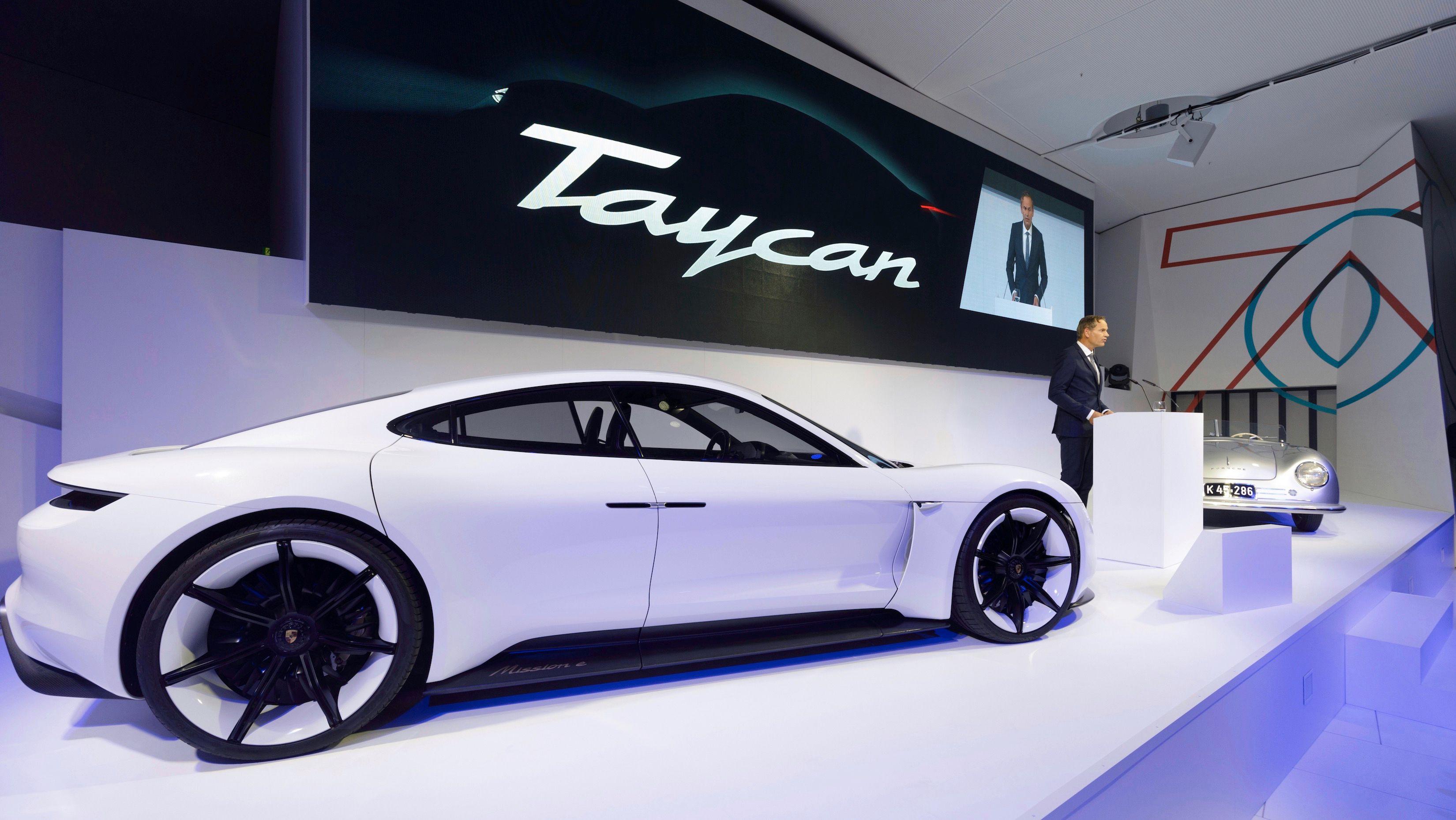 Porsche Taycan får 800 volt-system ombord, og støtte for svært rask hurtiglading.