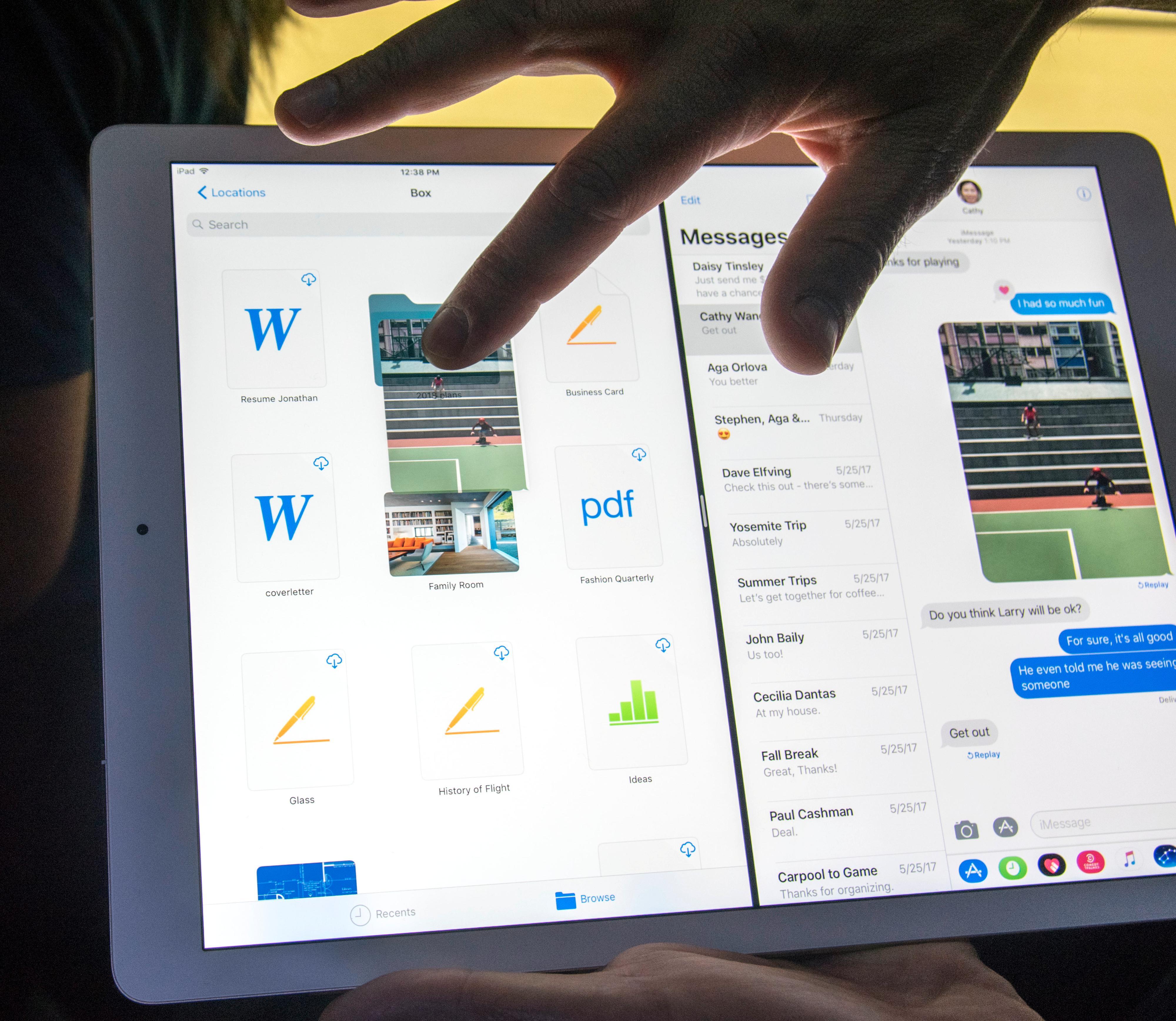 Dra og slipp-funksjonalitet gjennomsyrer iOS 11, og dermed er iPad Pro plutselig langt nærmere en vanlig datamaskin.