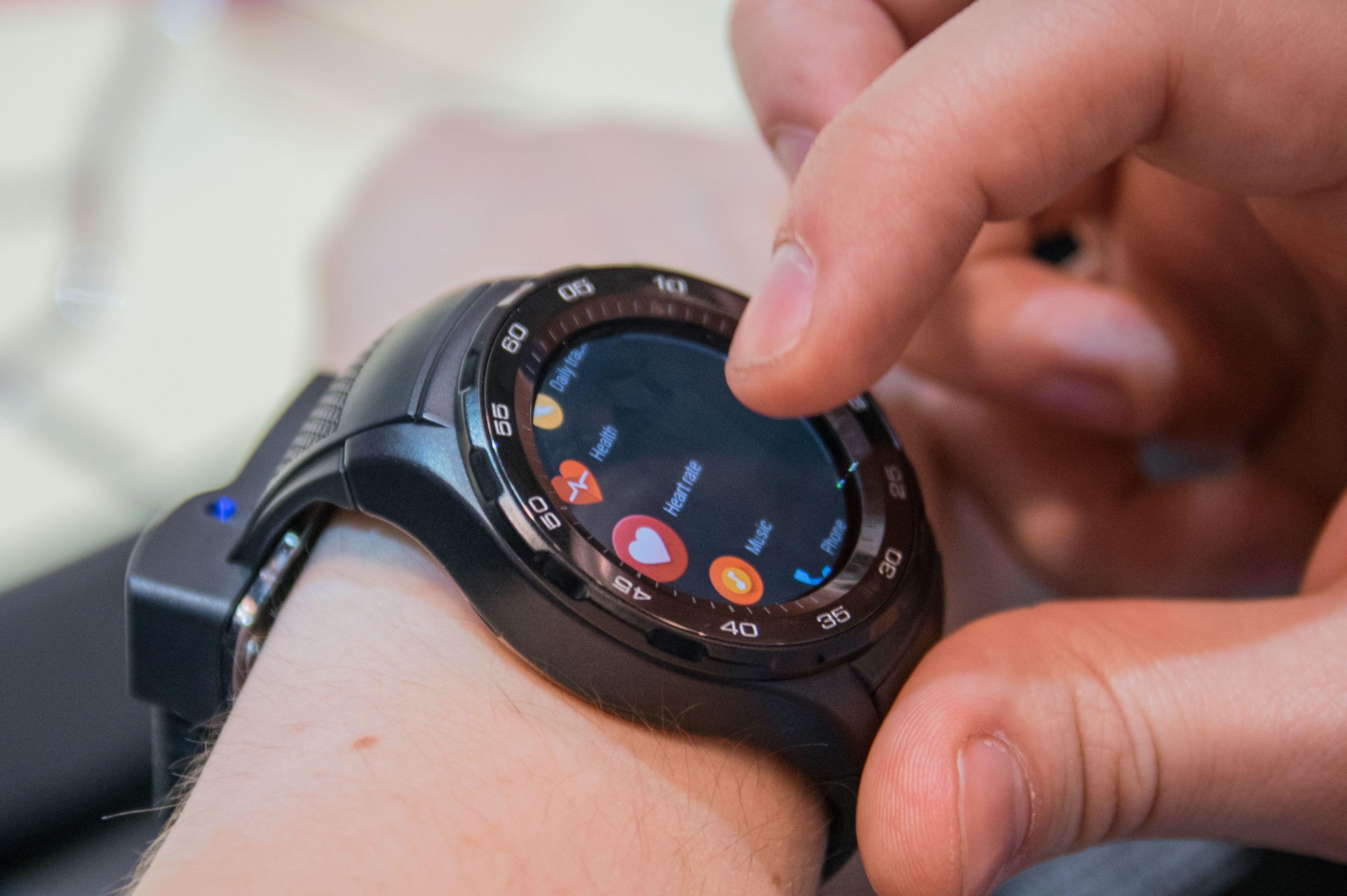 Med Android Wear 2 har Android-klokker endelig fått en egen app-meny og en app-butikk, direkte på klokken.