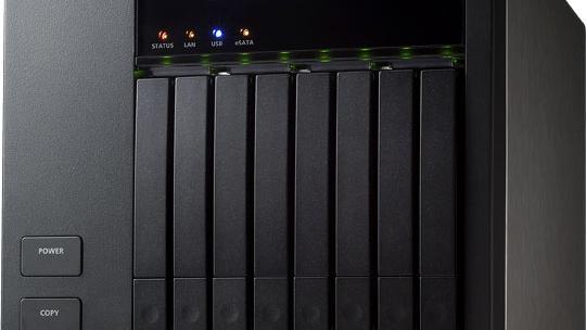 8-diskers NAS fra QNAP