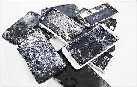 KNUST: Vi ga oss ikke før alle åtte mobiltelefonene måtte skrotes.Foto: Roger Neumann, VG