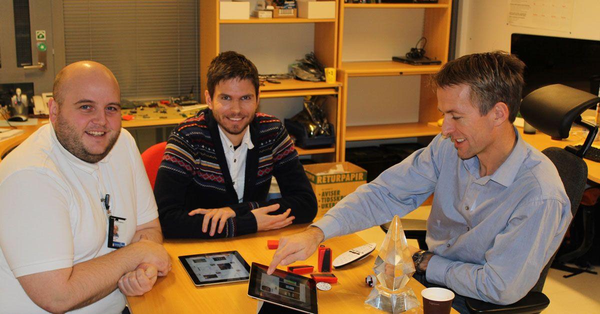 Fra venstre: Ole Andreas Torvmark, Espen Slette og Jarle Bøe fra Texas Instruments.Foto: Vegard Haugen, Amobil.no