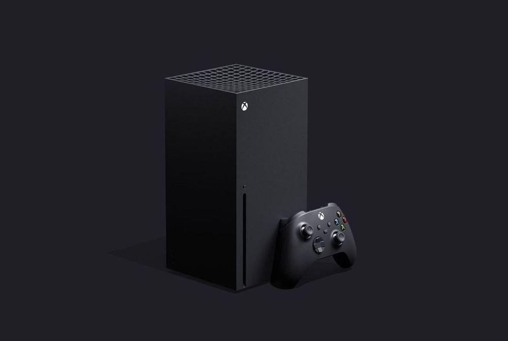 Xbox Series X med sin nye kontroller.