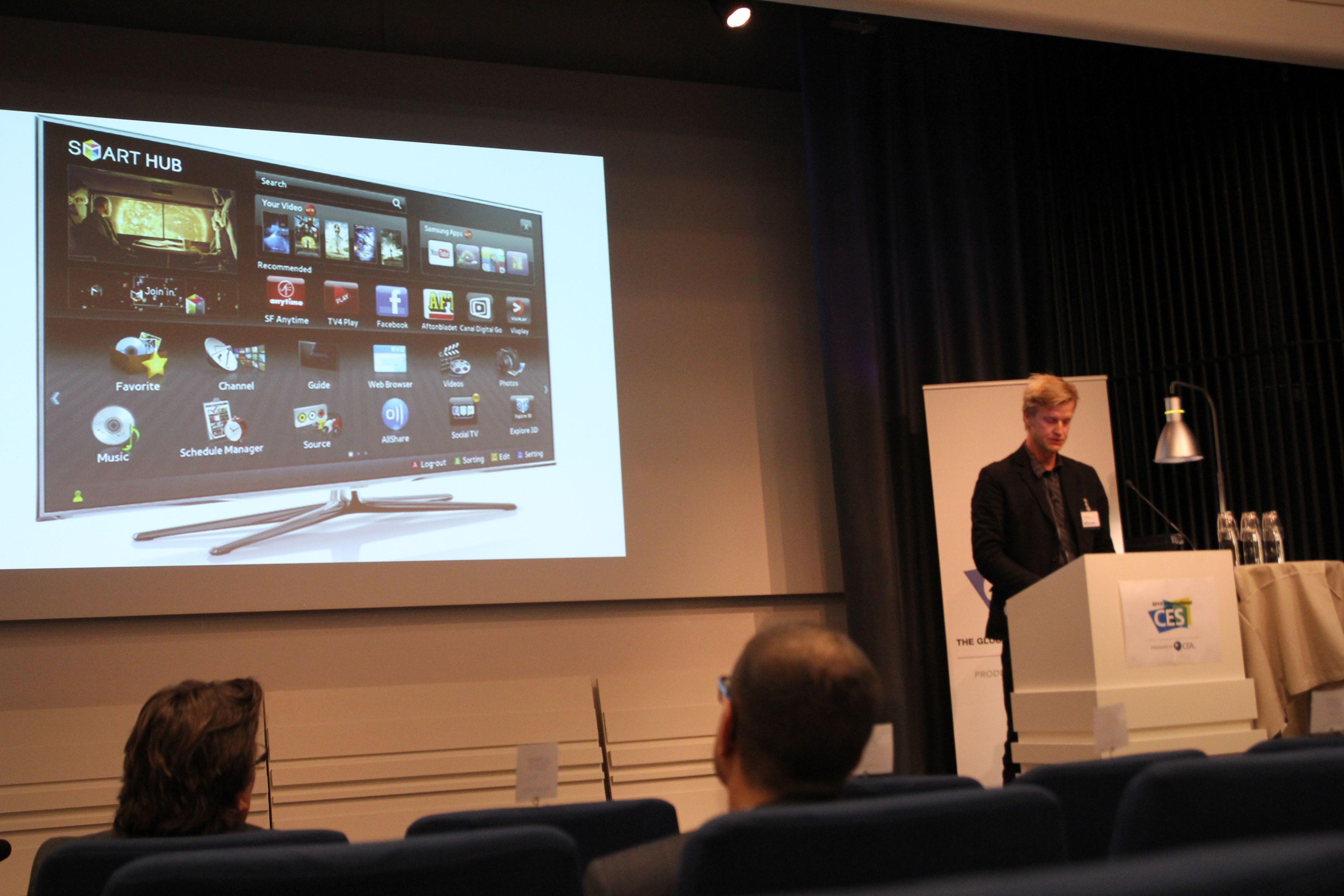 Klas Elm fra den svenske Elektronikbranschen tror nettbrettene blir en viktig del av TV-vanene våre i 2013.Foto: Niklas Plikk, Hardware.no