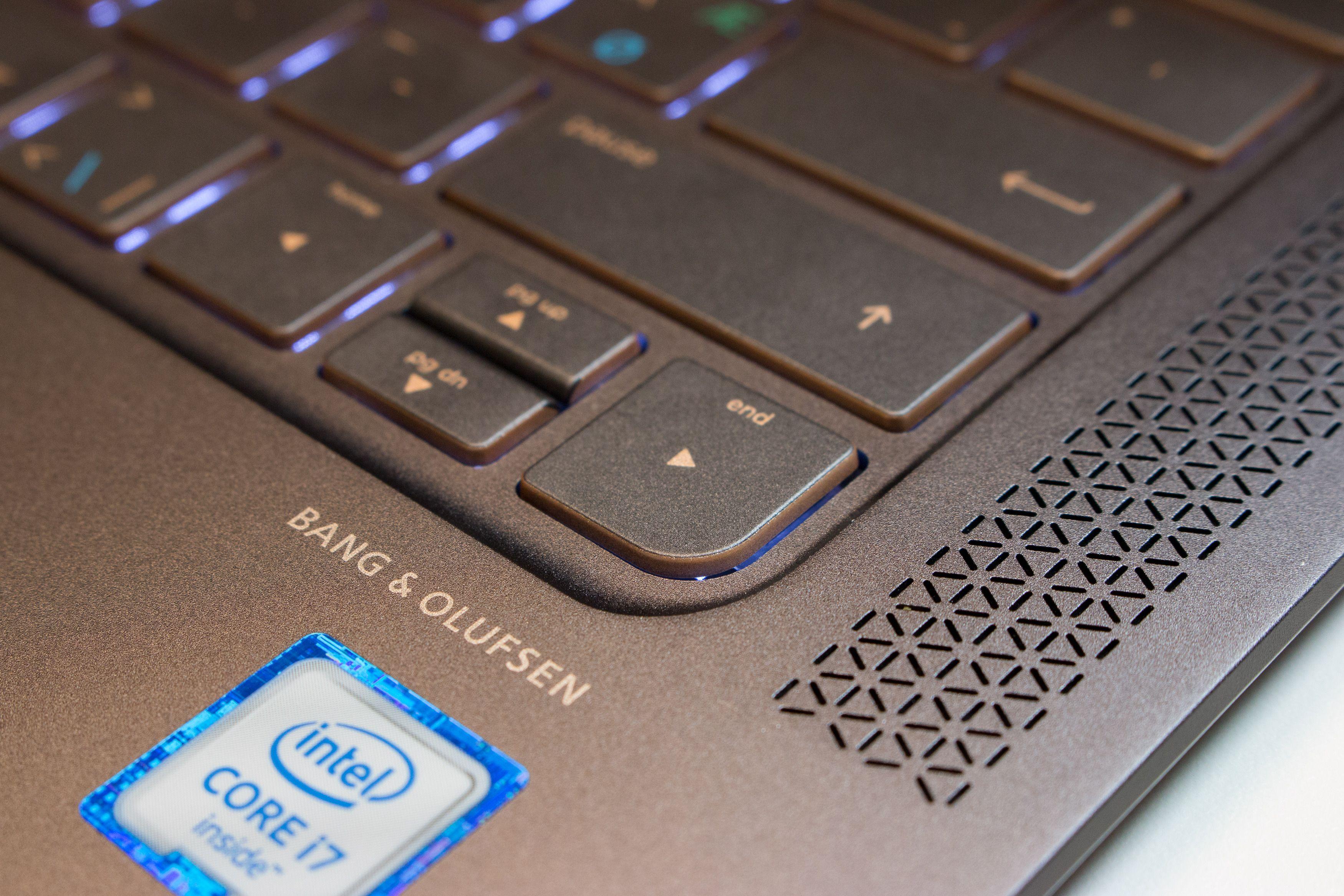 HP har fått lov til å bruke B&Os logo. Lyden er heldigvis ganske god.
