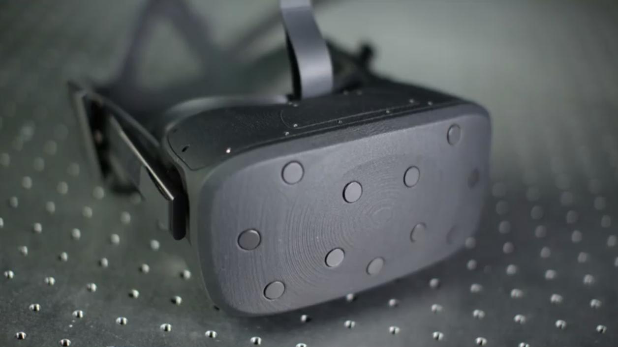 Oculus' nye VR-prototype har skjerm som beveger seg frem og tilbake for å beholde fokus