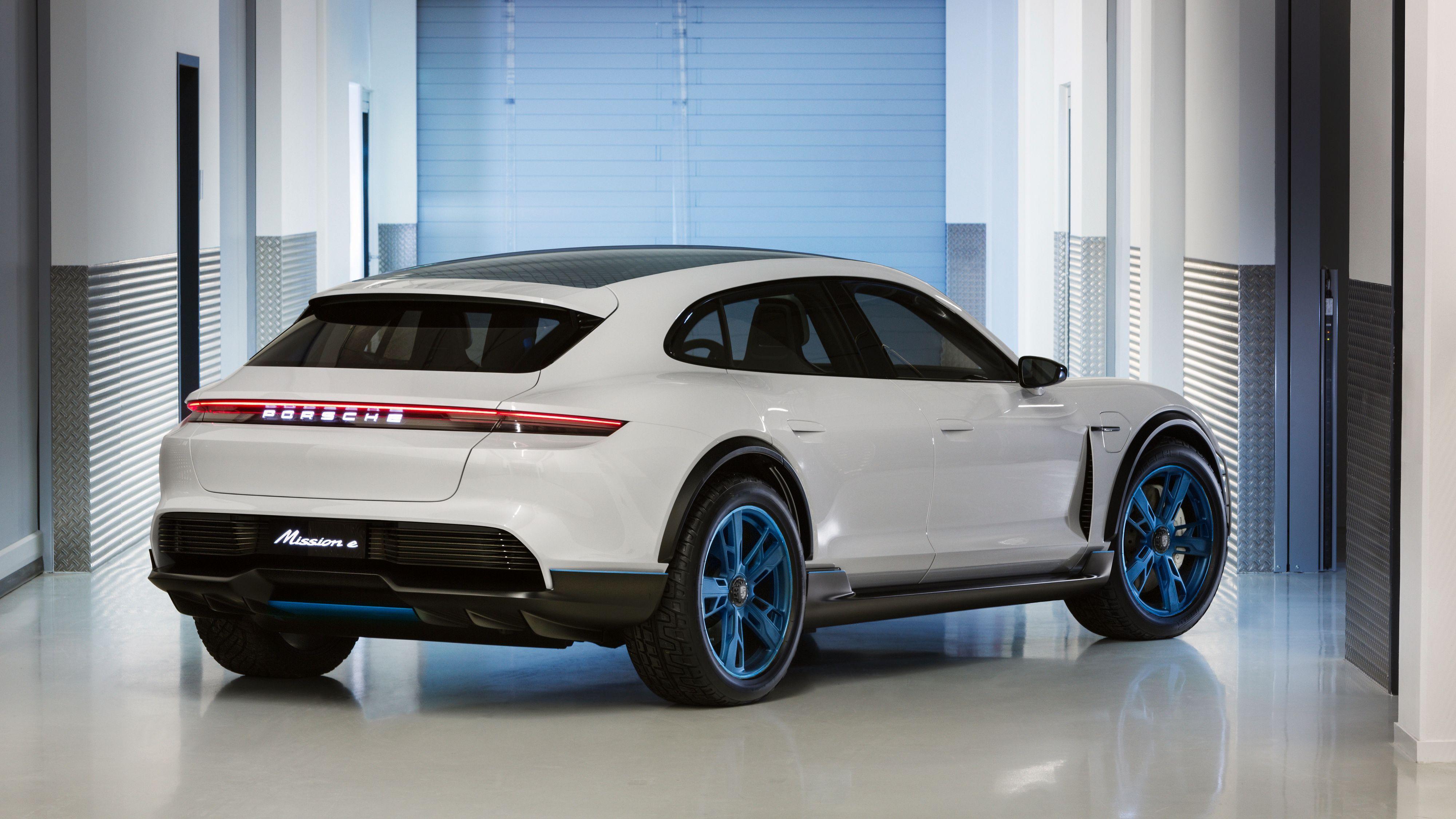 Porsche utsetter neste elbil