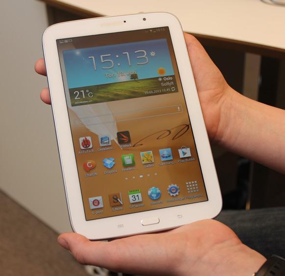 Note 8.0 er ikke noe enhåndsprodukt.Foto: Espen Irwing Swang, Amobil.no