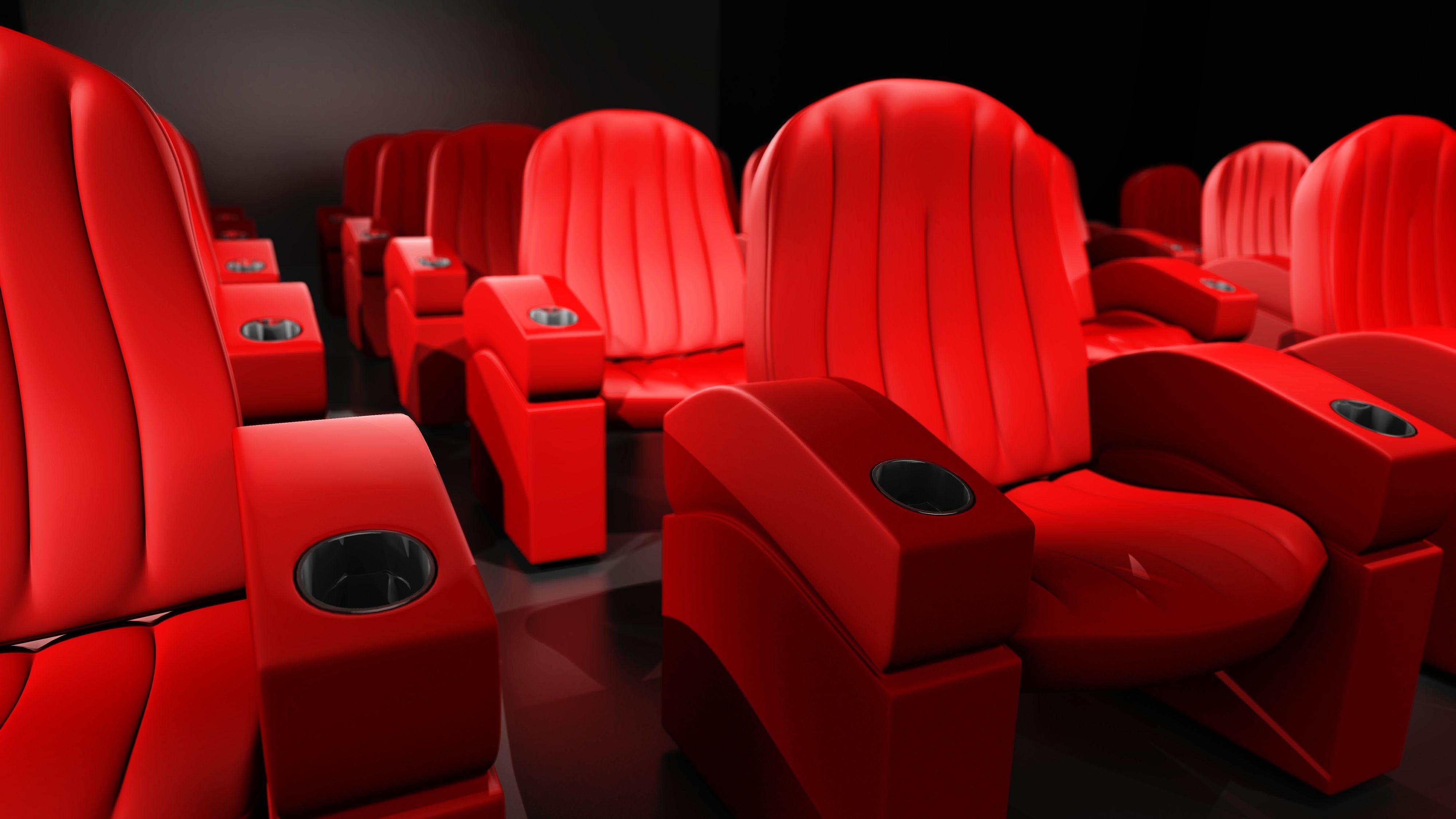 Skikkelige stoler innbyr til timer med filmtitting.Foto: Shutterstock