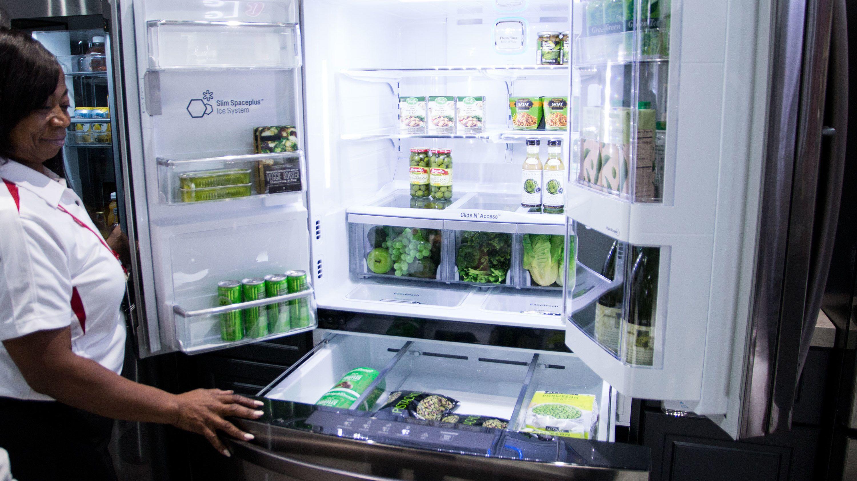 Derfor har de nye smartkjøleskapene en gedigen skjerm