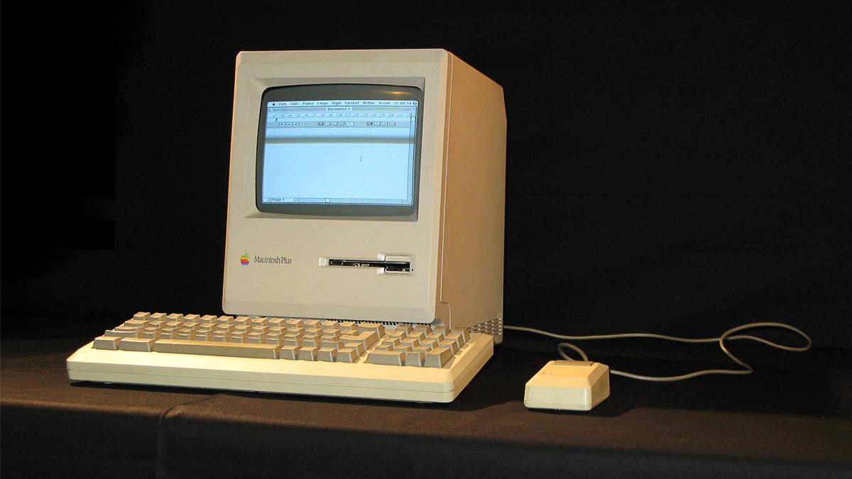 Slik er det å nettsurfe på en 27 år gammel Mac
