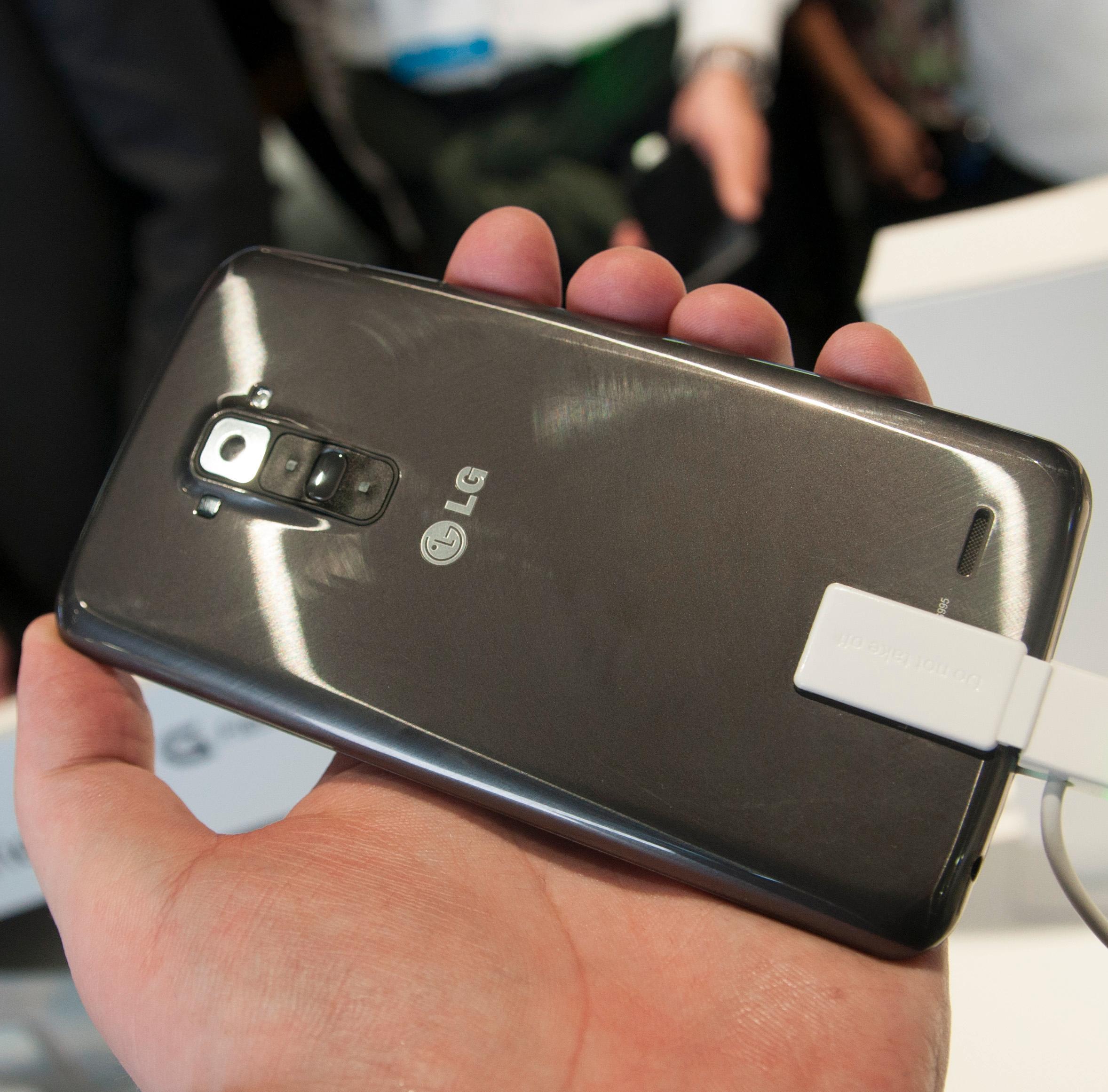 Får den nye telefonen knapper på baksiden, og selvreparerende lakk?Foto: Finn Jarle Kvalheim, Amobil.no