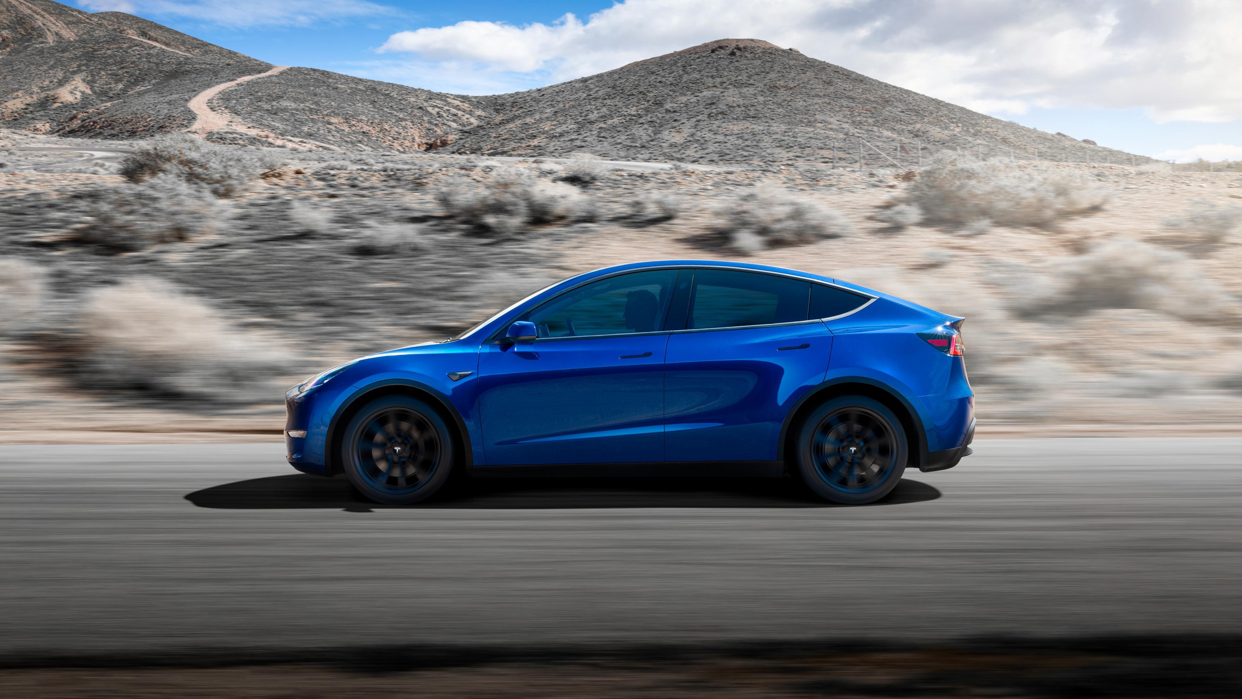 Standard Range-versjonen av Model Y blir aldri noe av, sier Elon Musk nå.