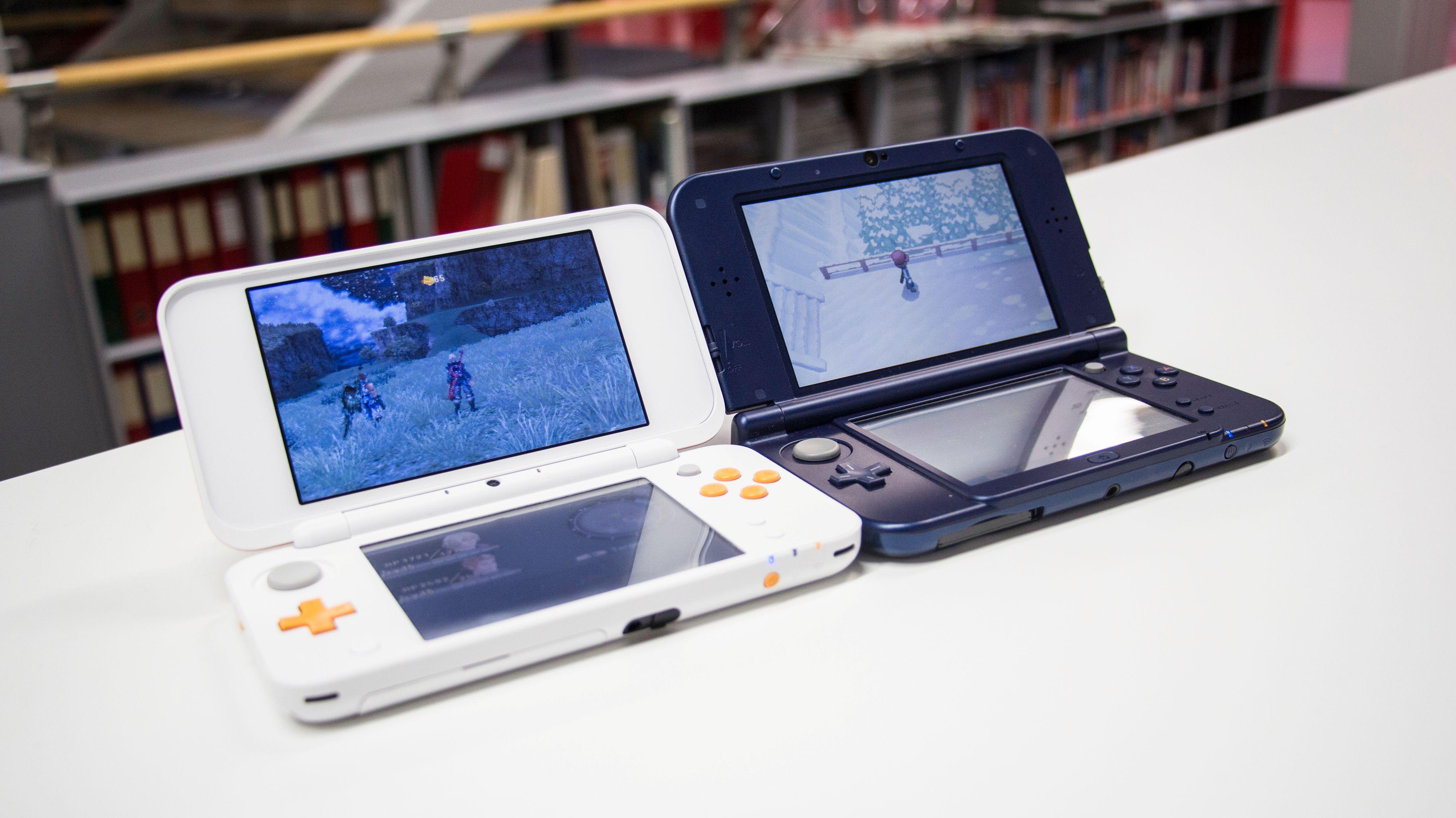 Nintendo New 2DS XL og 3DS XL.