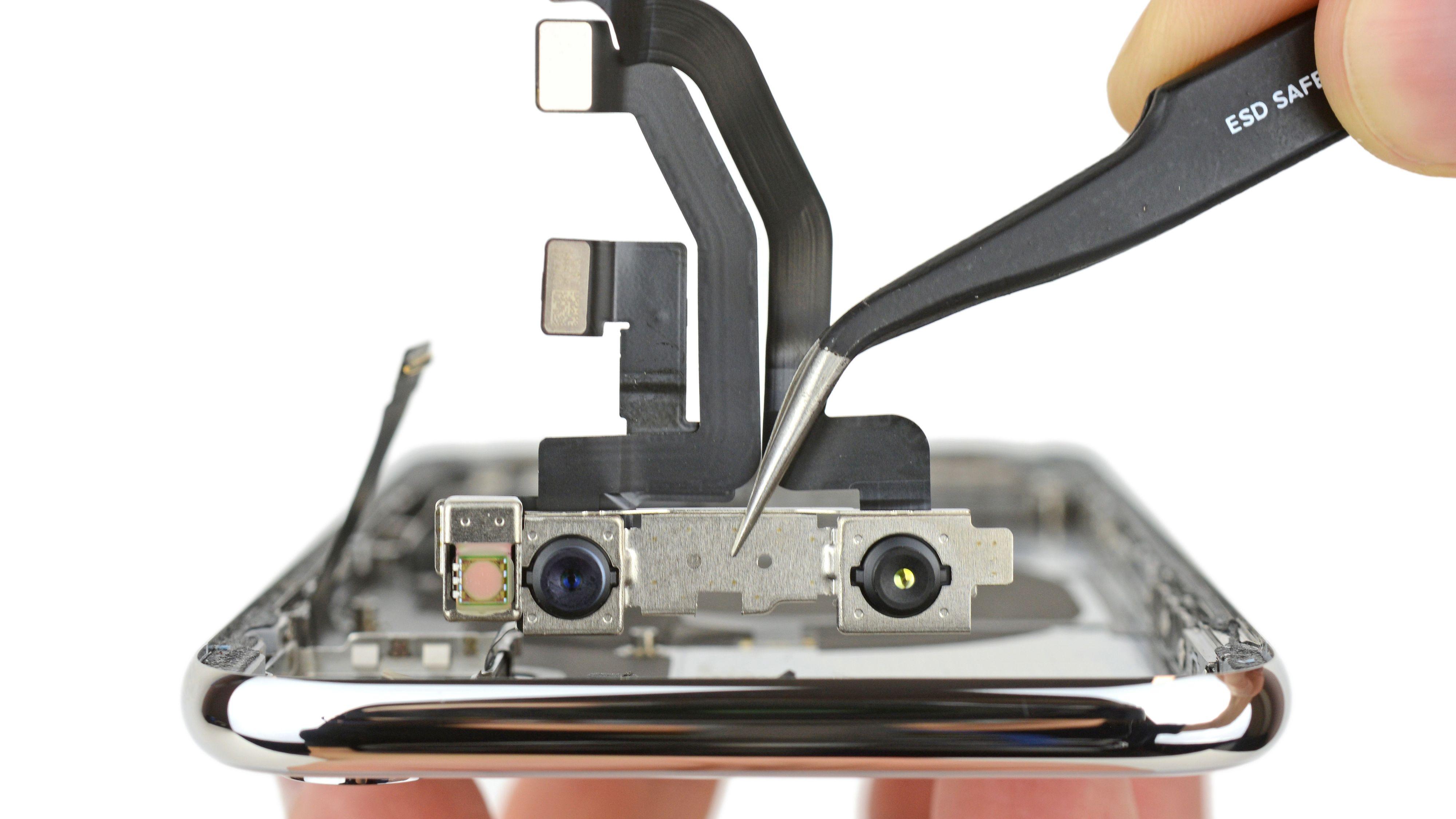 Er iPhone X vanskelig å fikse?